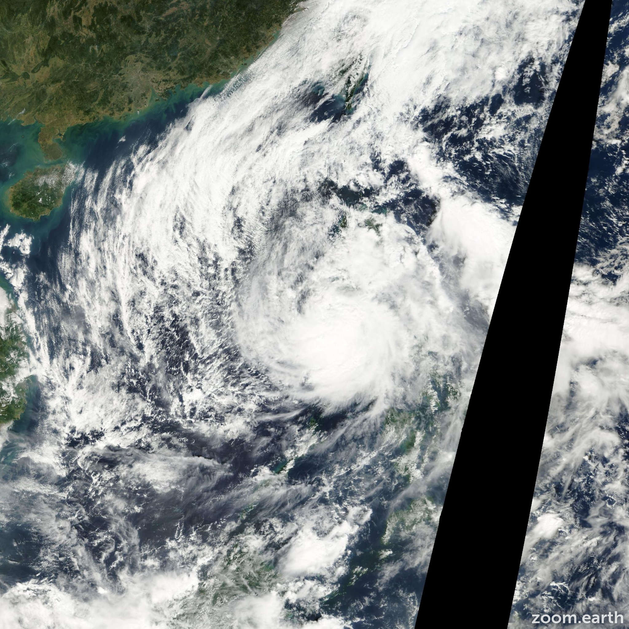 Satellite image of Typhoon Bebinca 2000