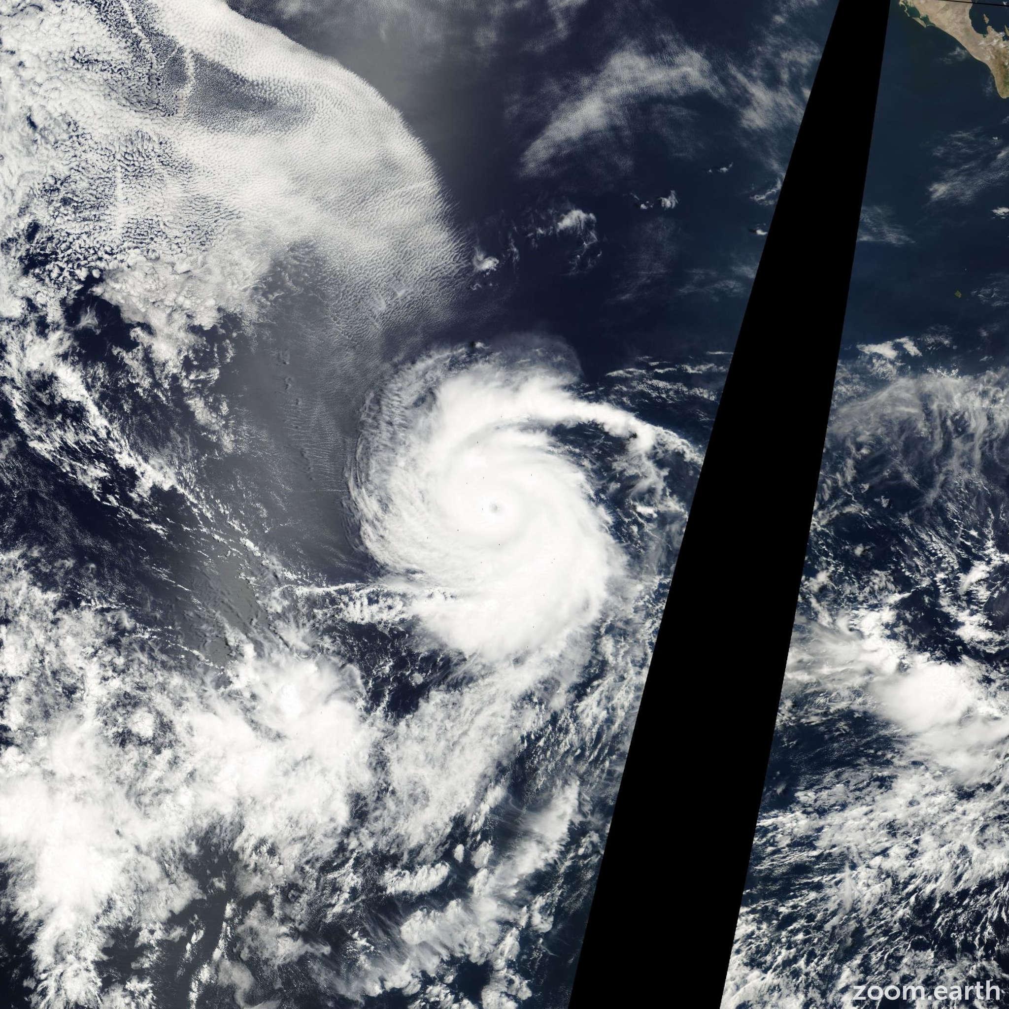 Satellite image of Hurricane Daniel 2000