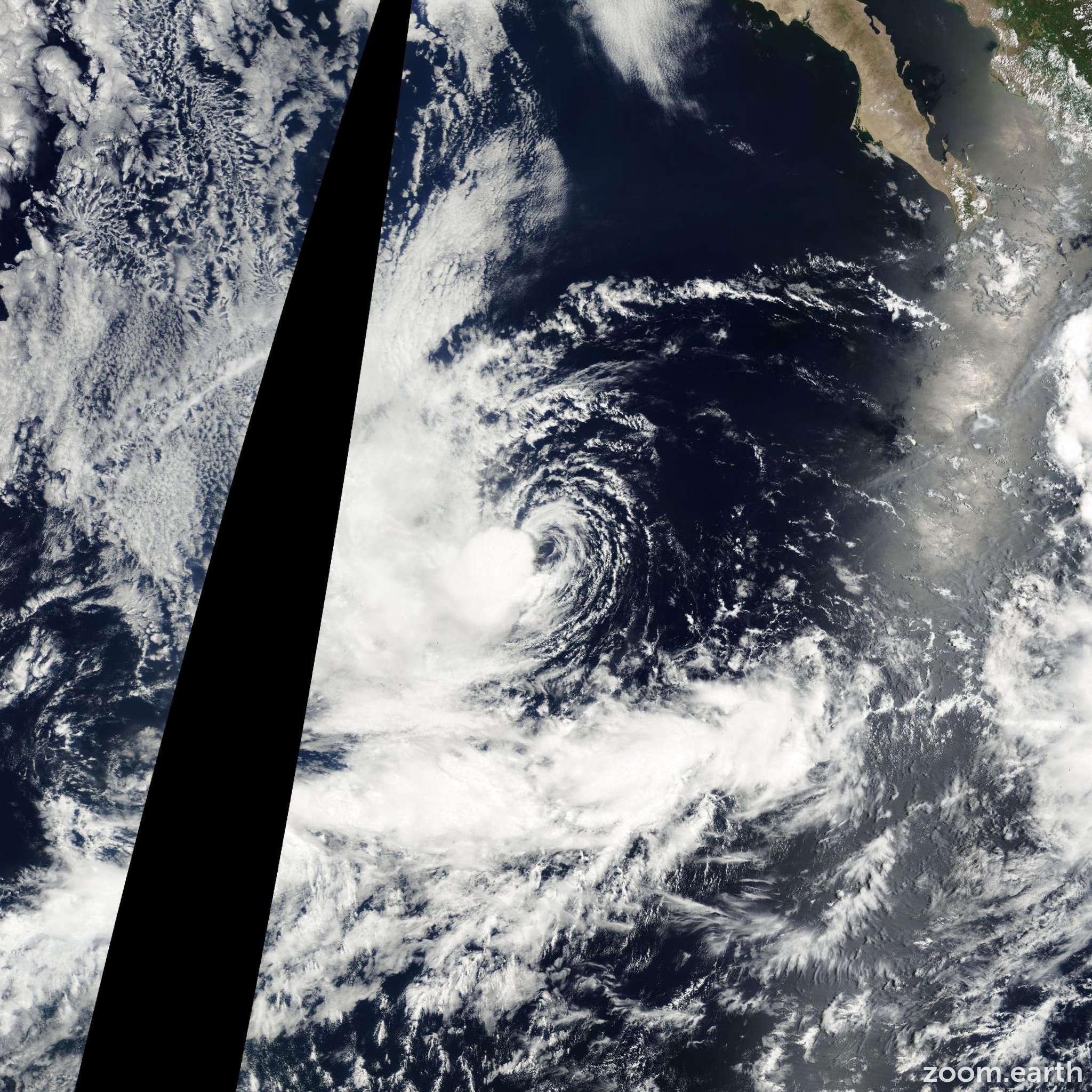 Satellite image of Storm Fabio 2000