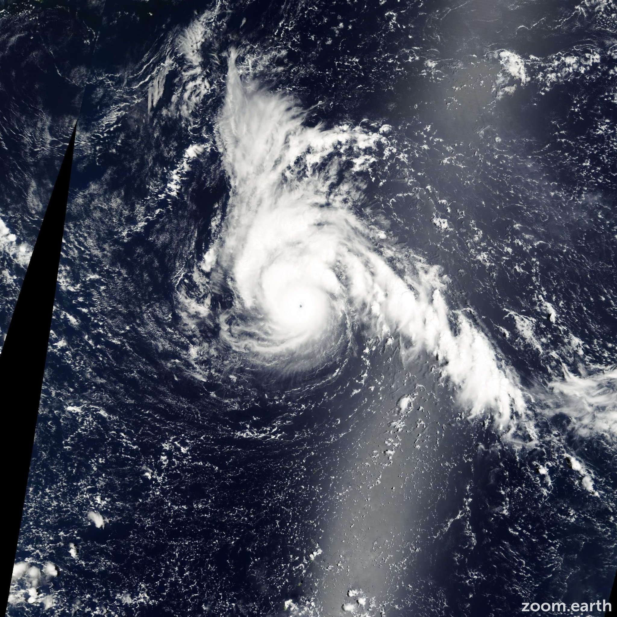 Satellite image of Typhoon Jelawat 2000