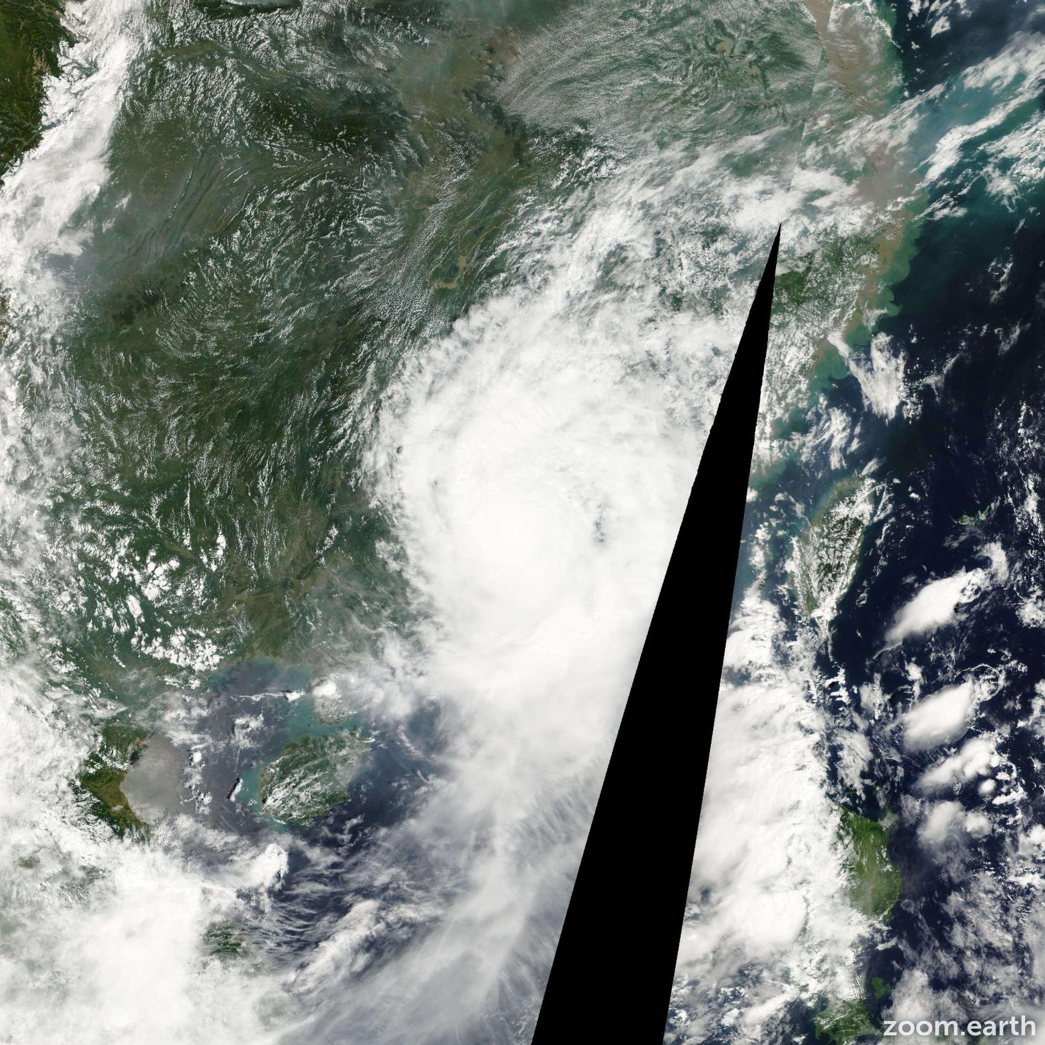 Satellite image of Storm Maria 2000