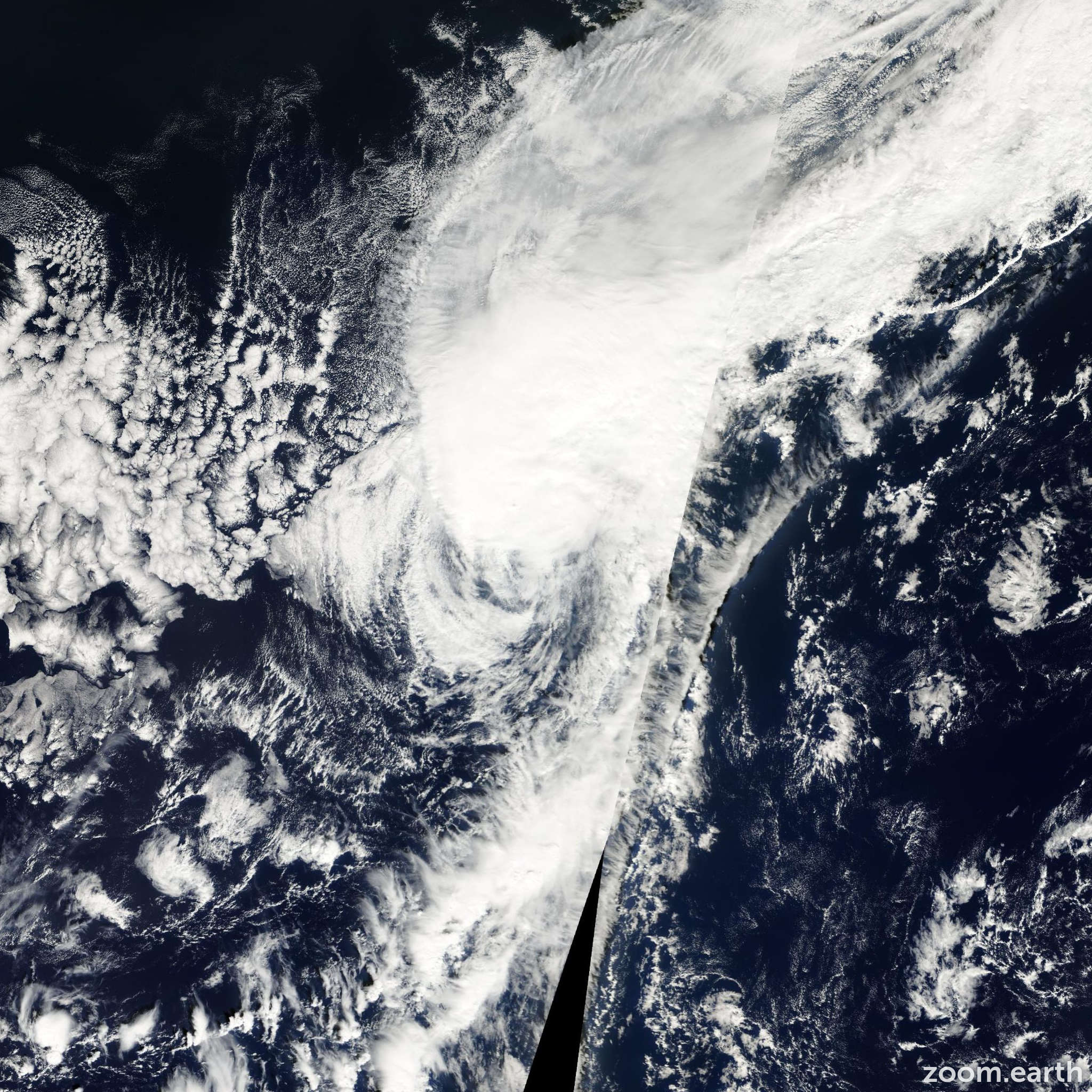 Satellite image of Storm Nadine 2000