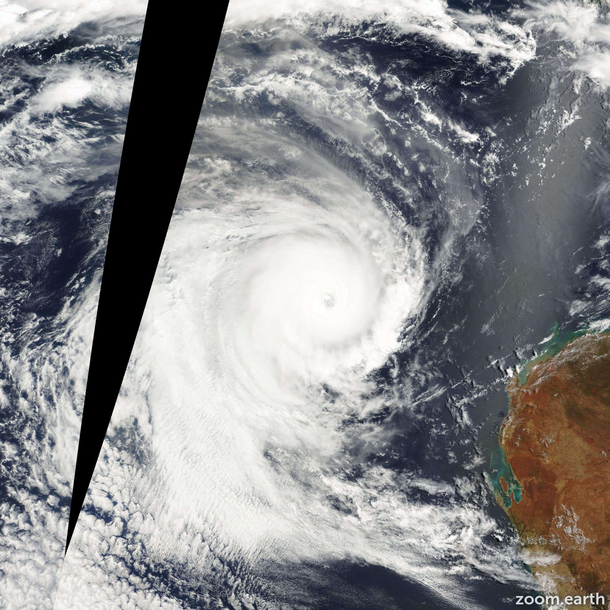 Satellite image of Cyclone Norman 2000