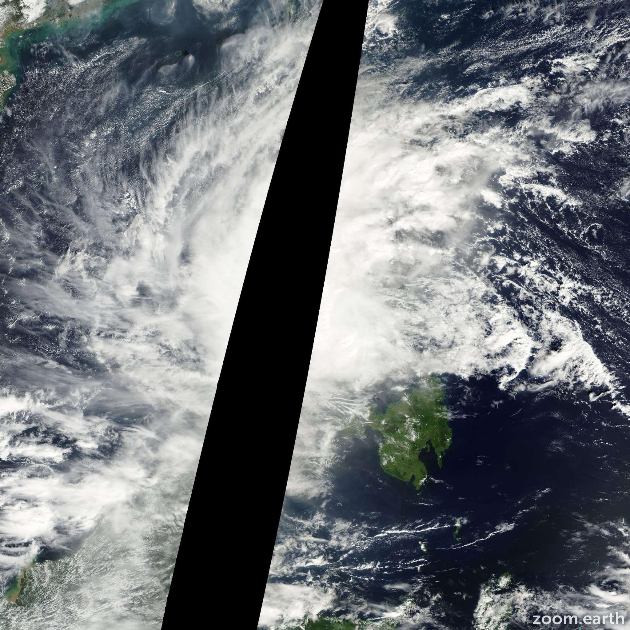 Satellite image of Storm Rumbia 2000