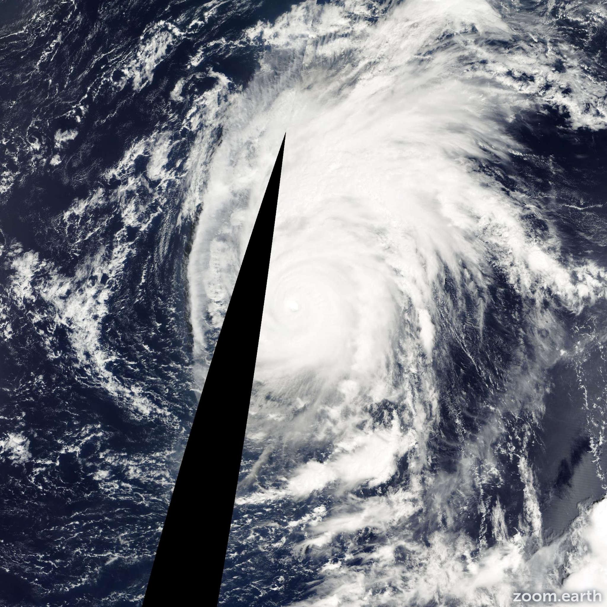 Satellite image of Typhoon Shanshan 2000