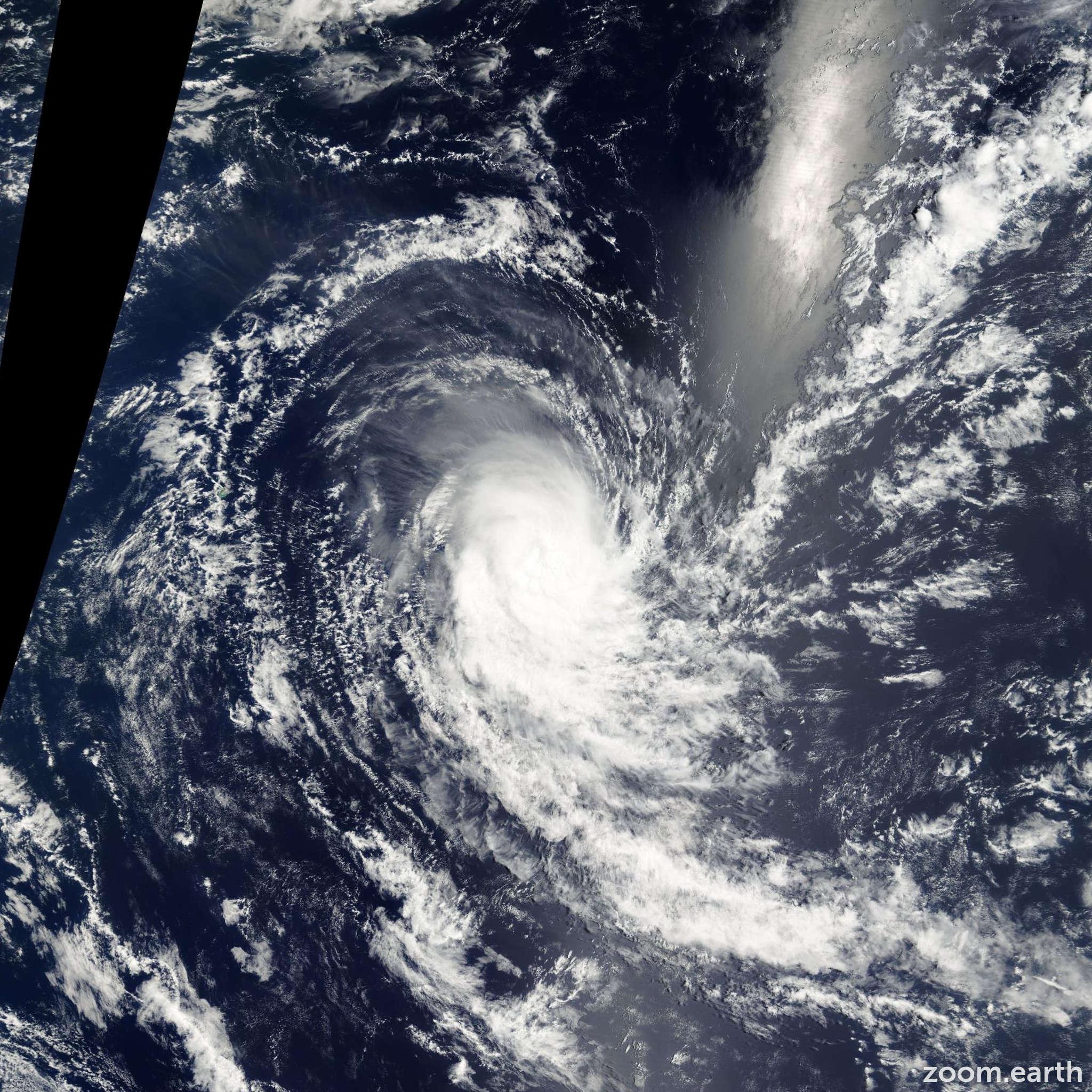 Satellite image of Cyclone Charly 2001
