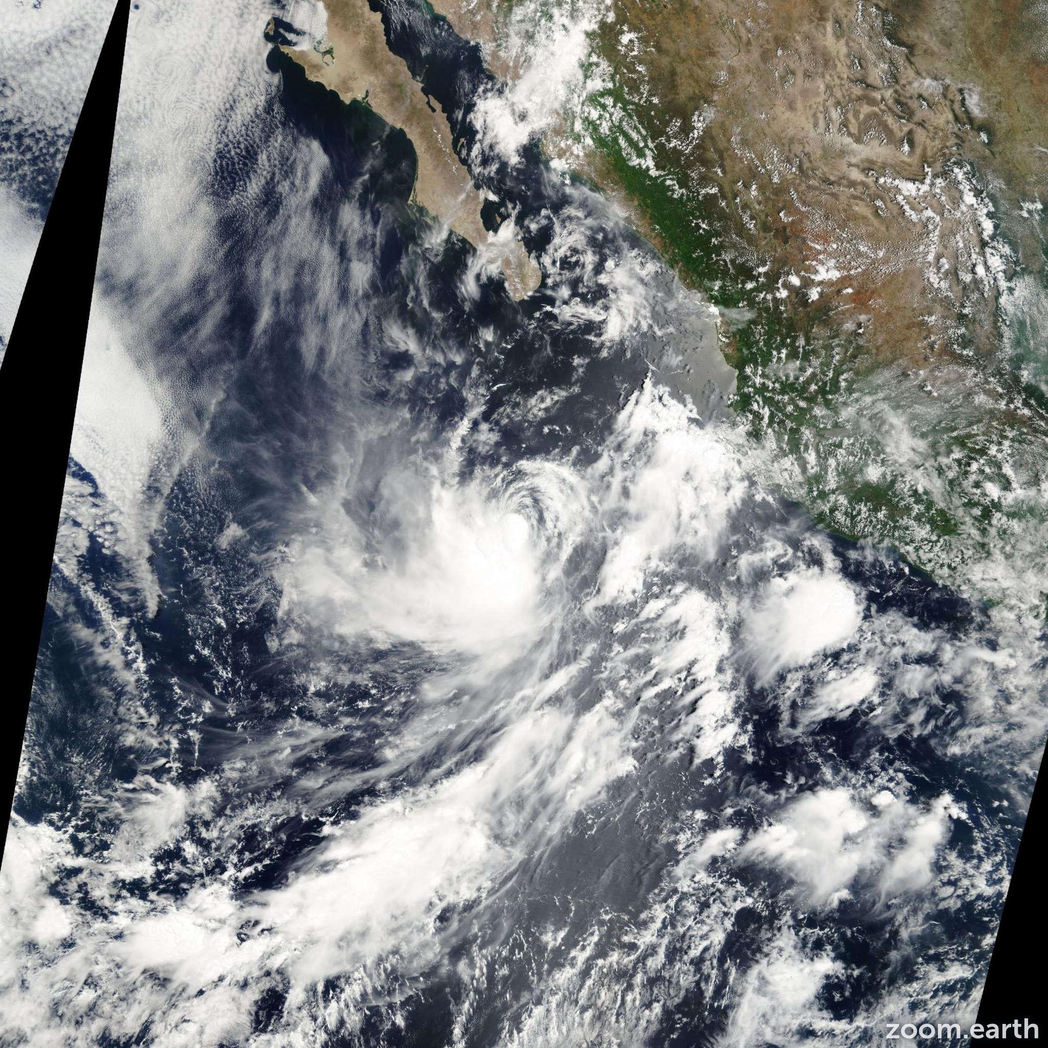 Satellite image of Hurricane Dalila 2001