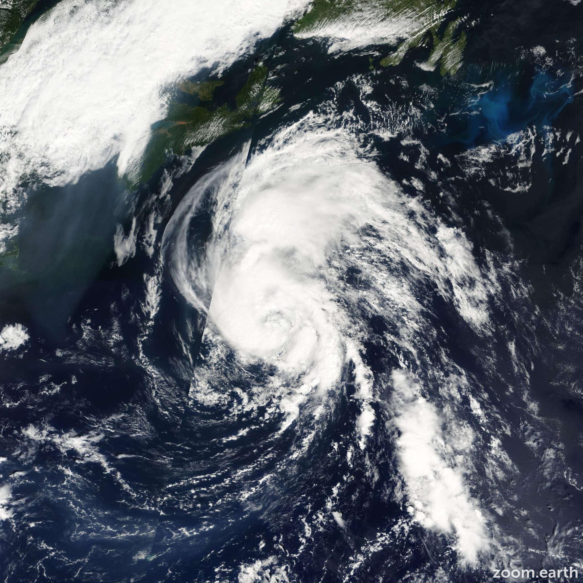 Satellite image of Storm Dean 2001