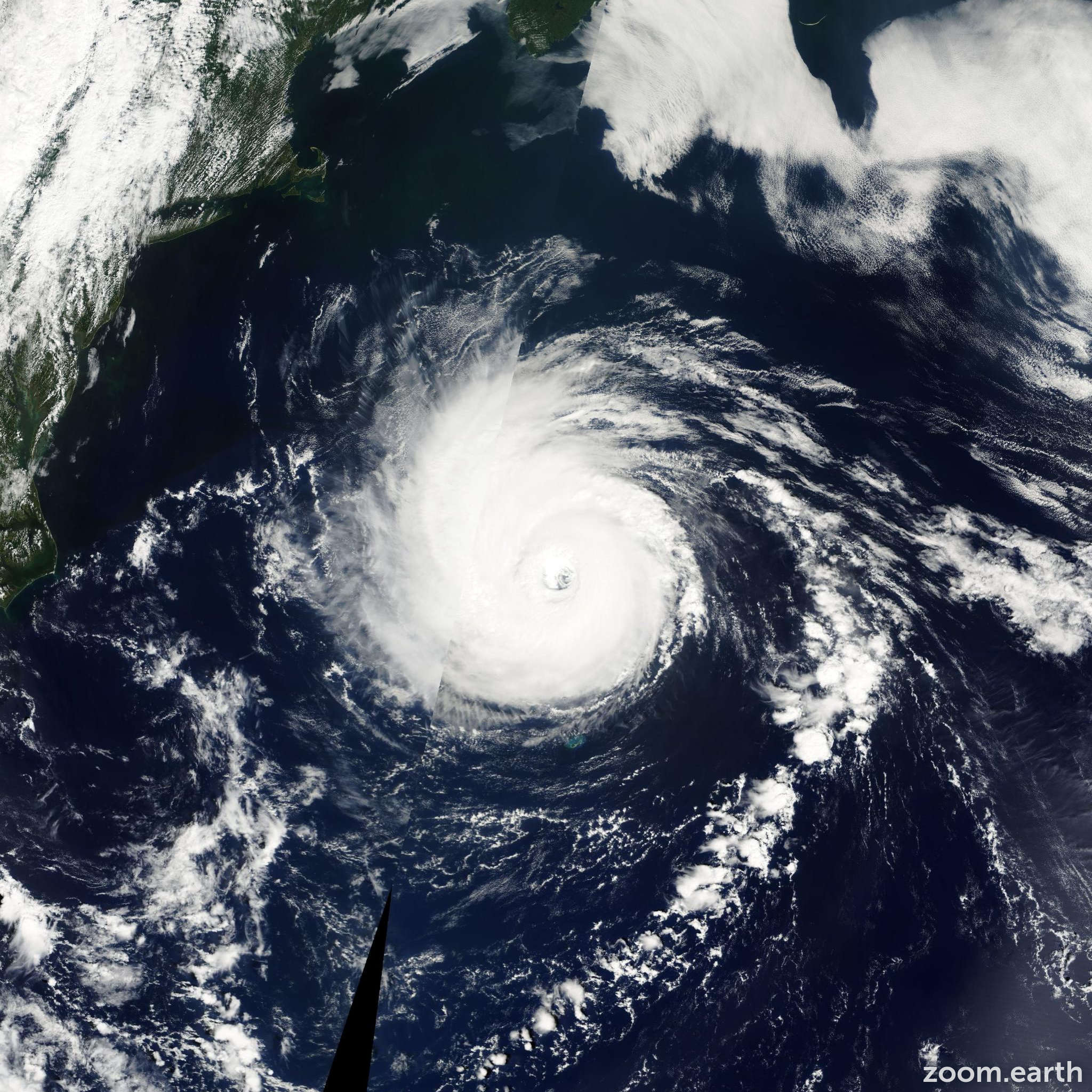 Satellite image of Hurricane Erin 2001