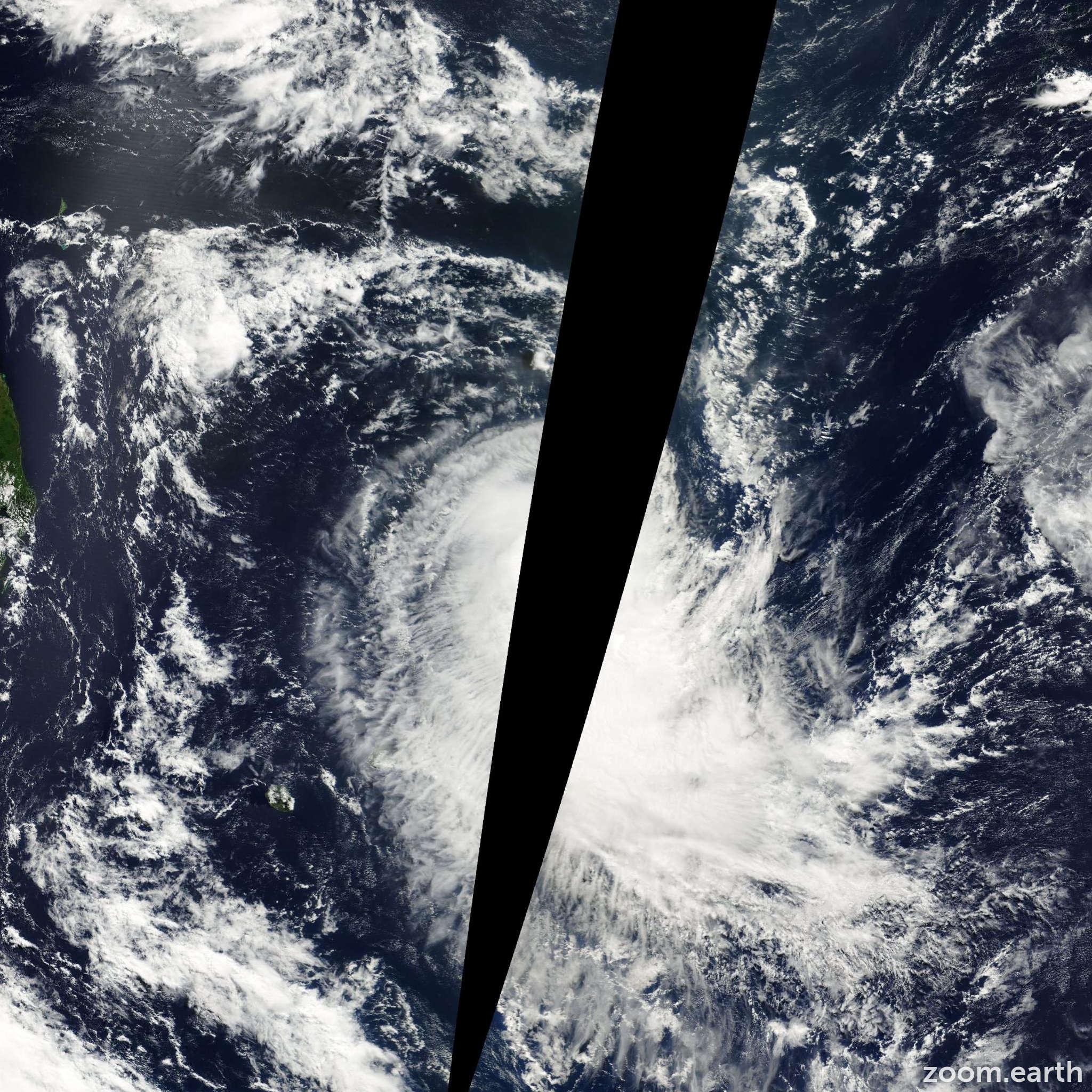 Satellite image of Cyclone Evariste 2001