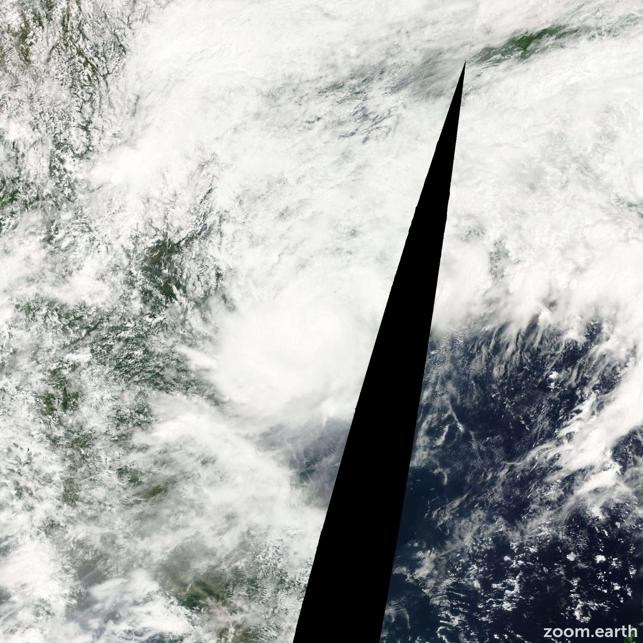 Satellite image of Storm Fitow 2001
