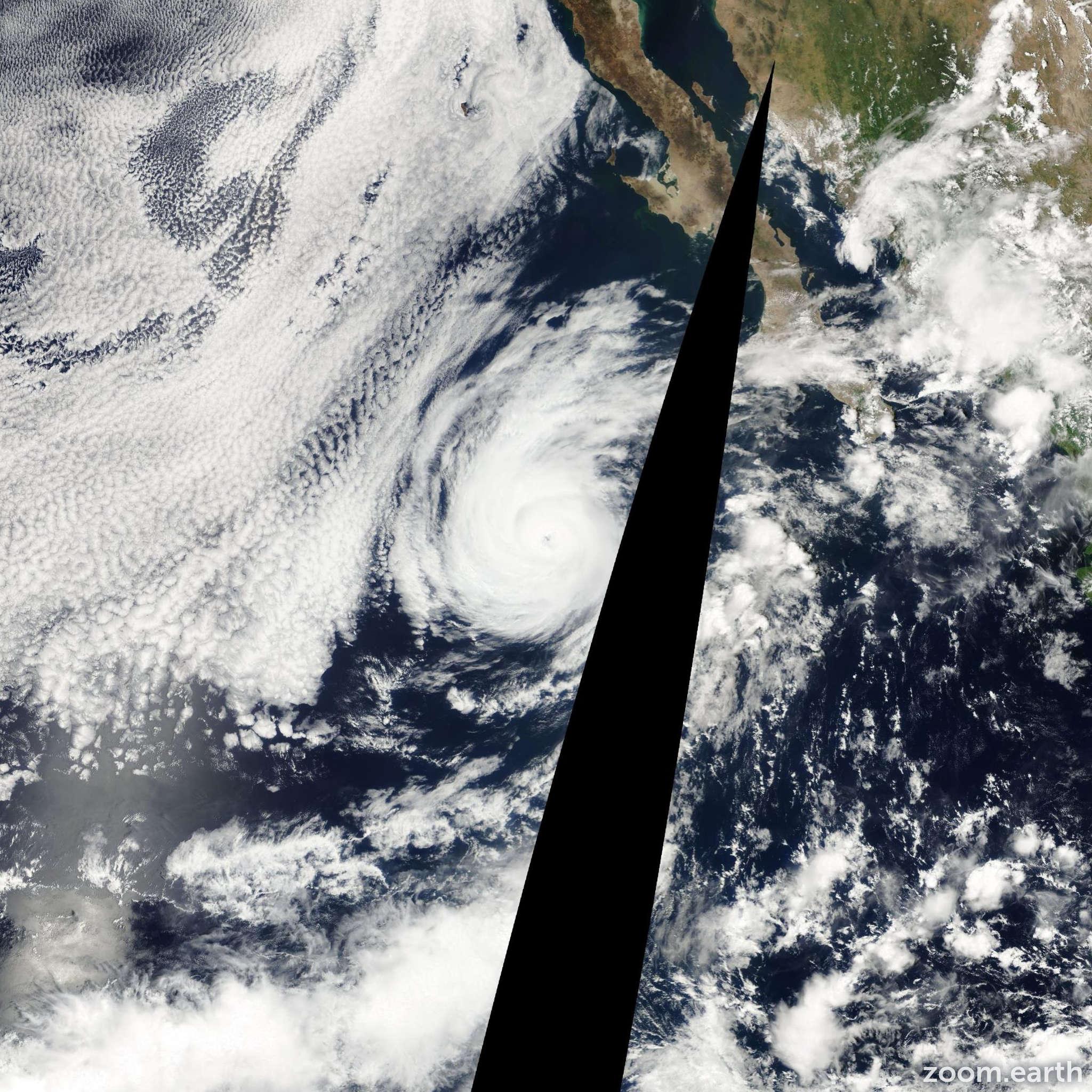 Satellite image of Hurricane Flossie 2001