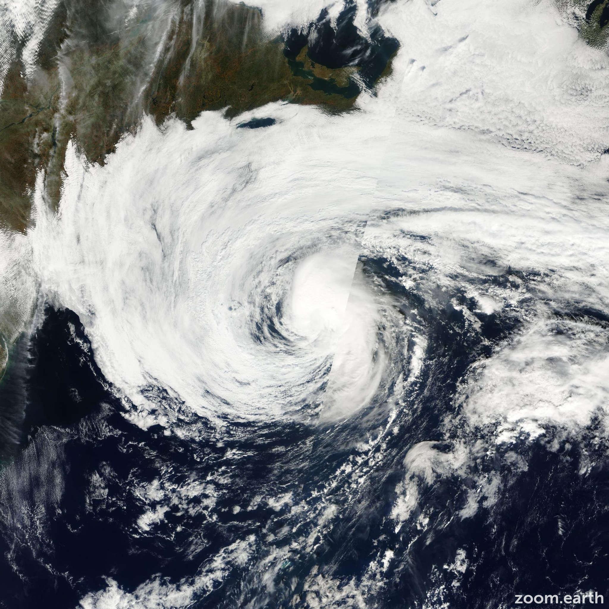 Satellite image of Hurricane Karen 2001