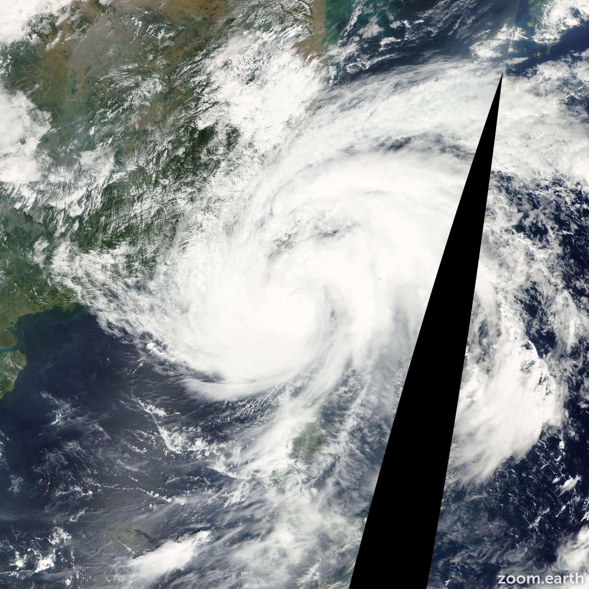 Satellite image of Typhoon Lekima 2001
