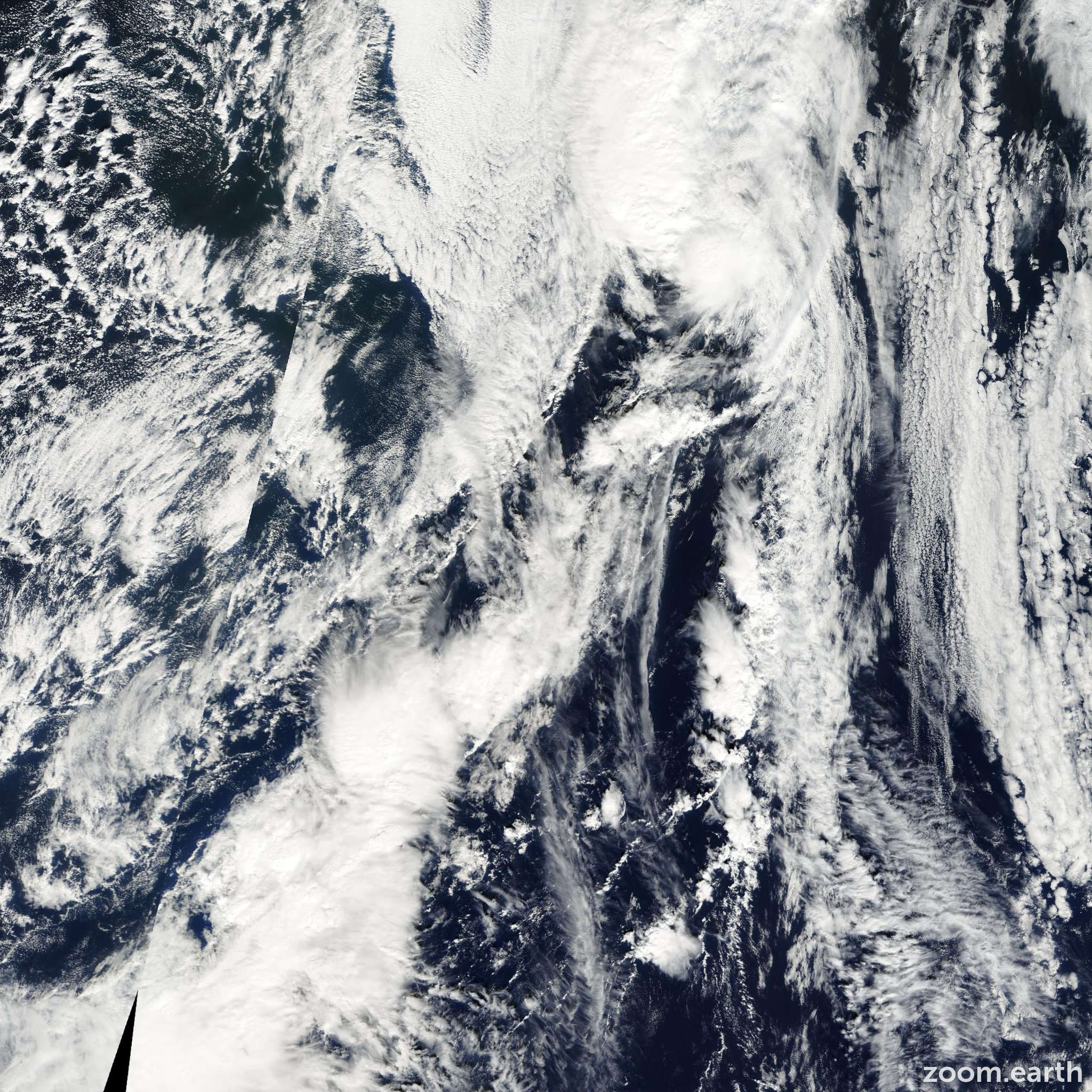 Satellite image of Storm Lorenzo 2001