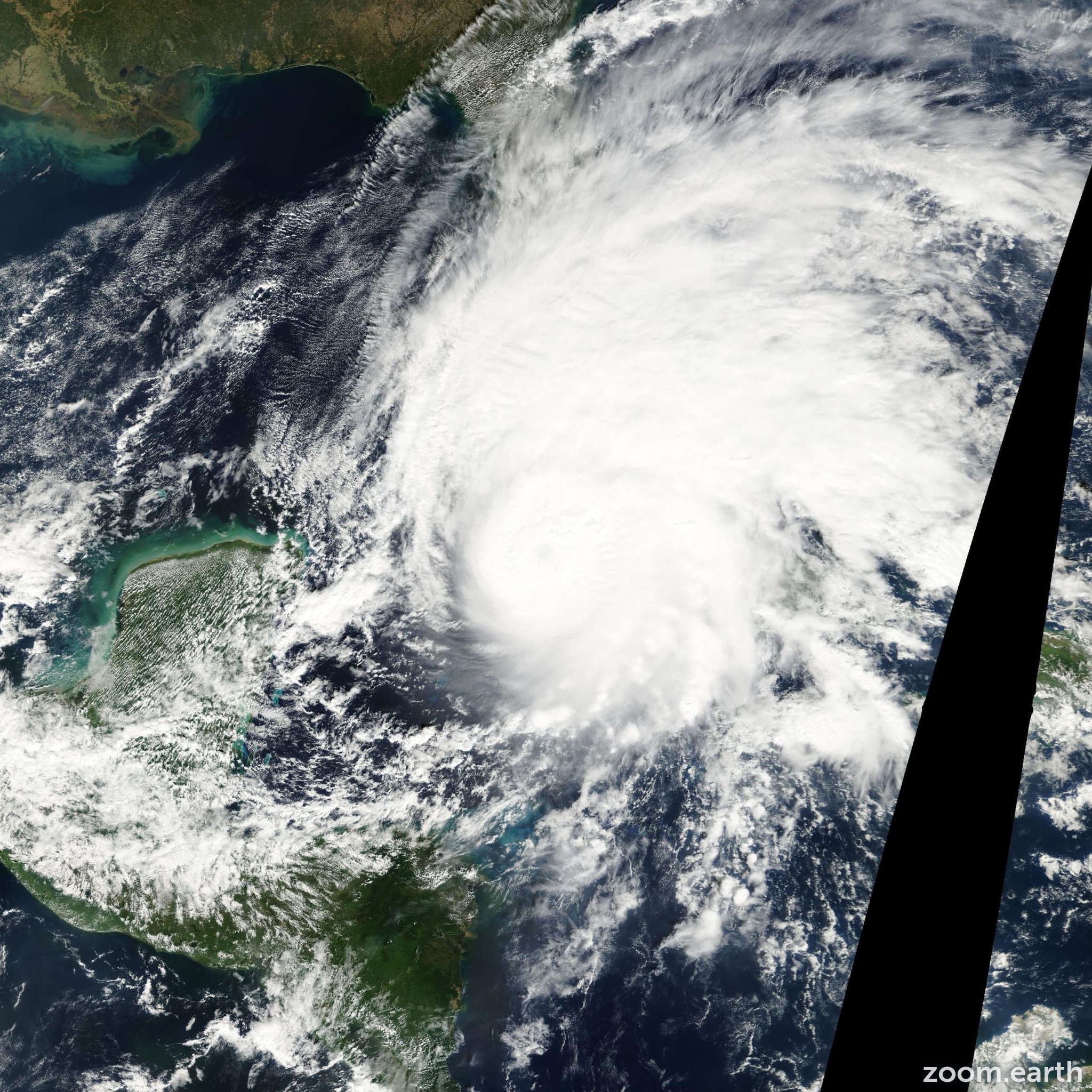 Satellite image of Hurricane Michelle 2001