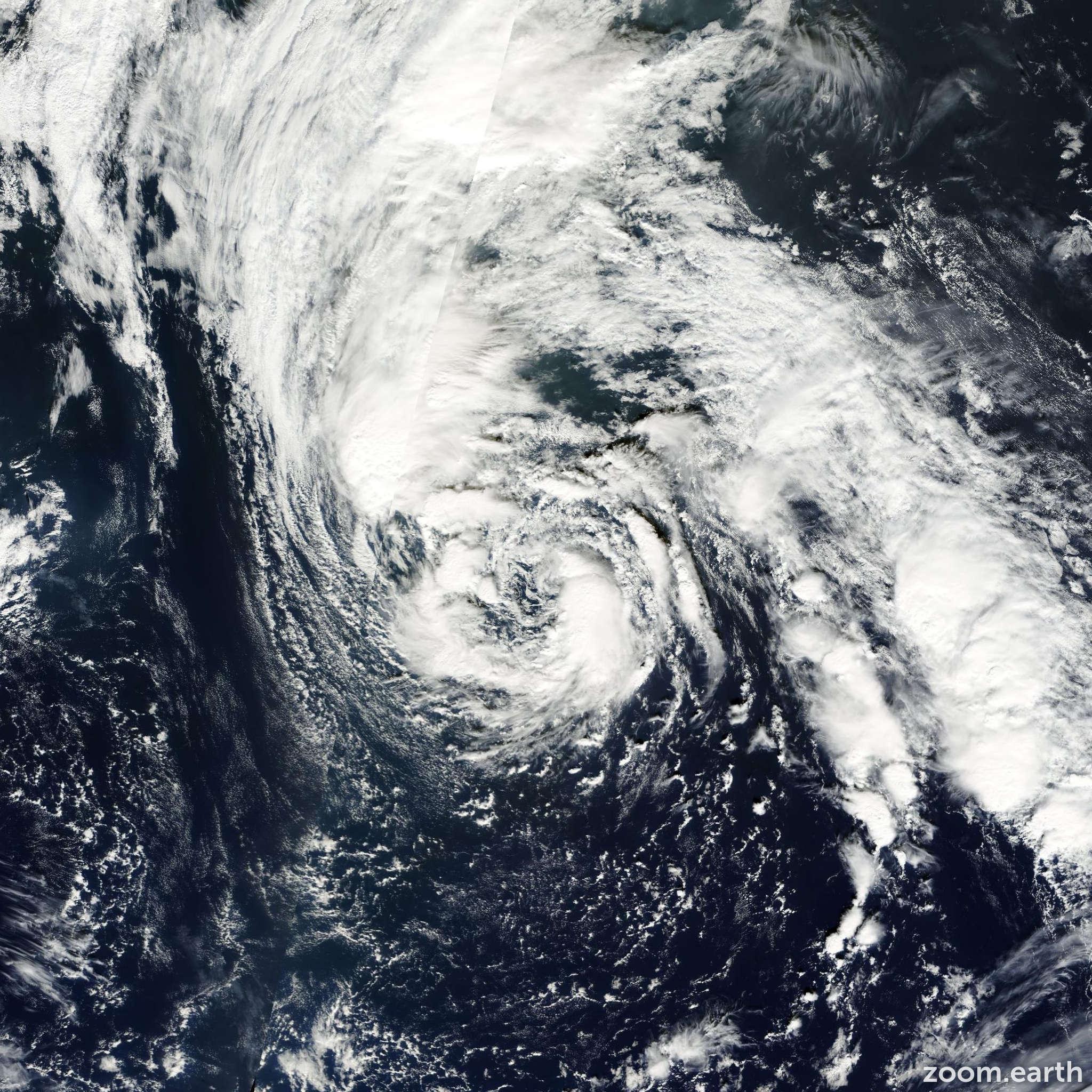 Satellite image of Hurricane Noel 2001