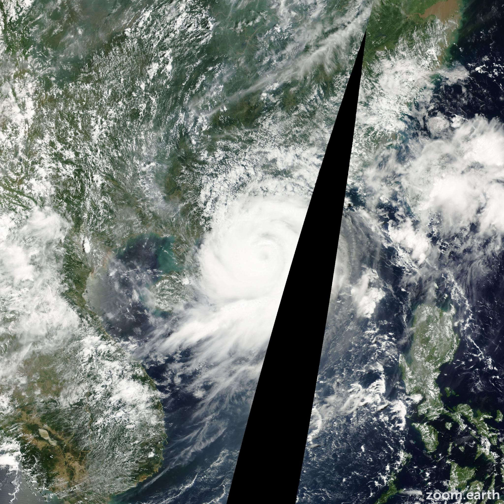 Satellite image of Typhoon Yutu 2001