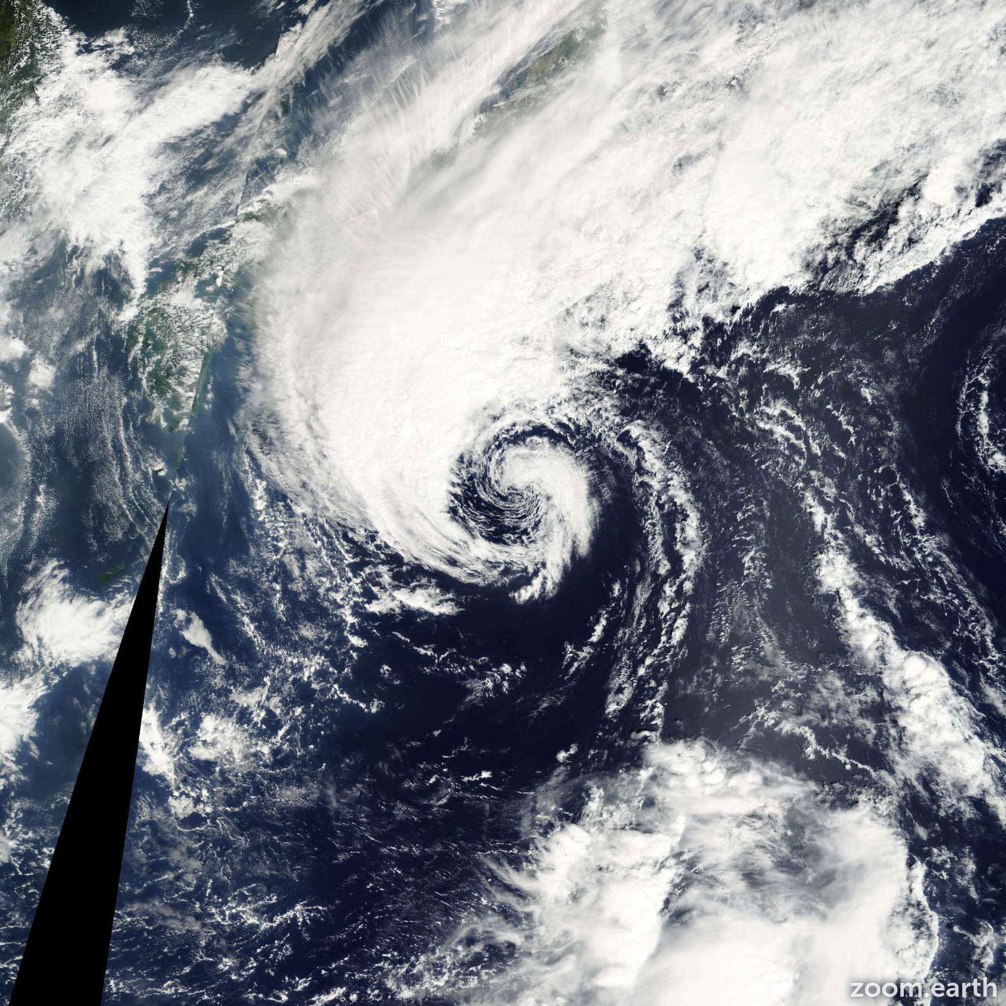 Satellite image of Storm Changmi 2002