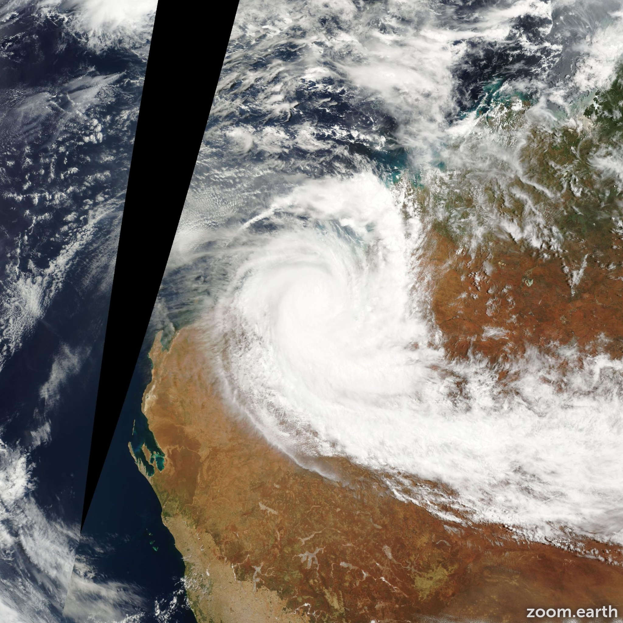 Satellite image of Cyclone Chris 2002
