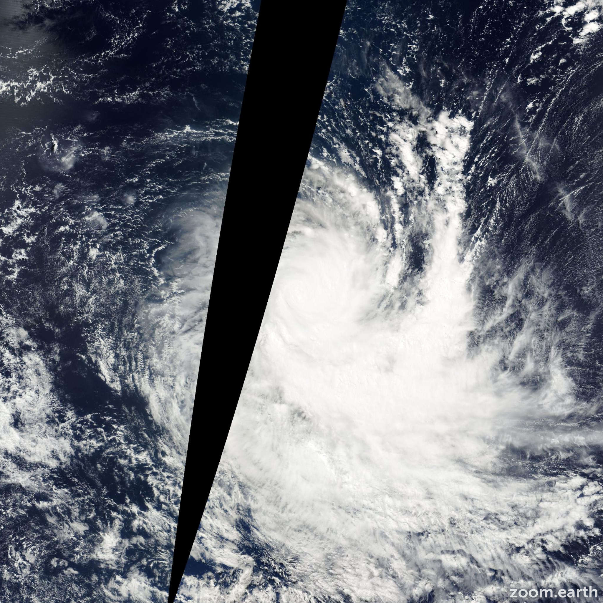 Satellite image of Cyclone Dianne-Jery 2002