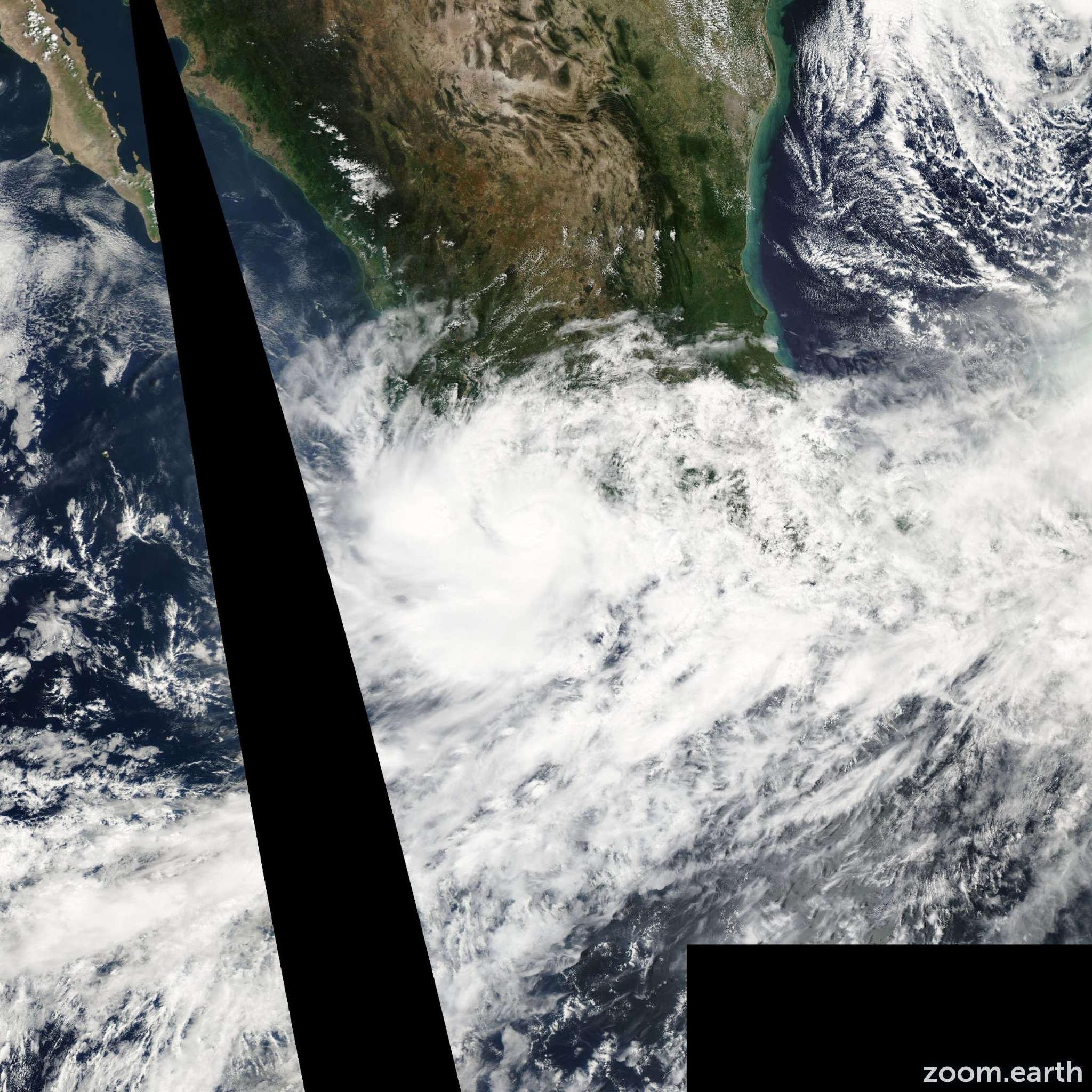 Satellite image of Storm Julio 2002