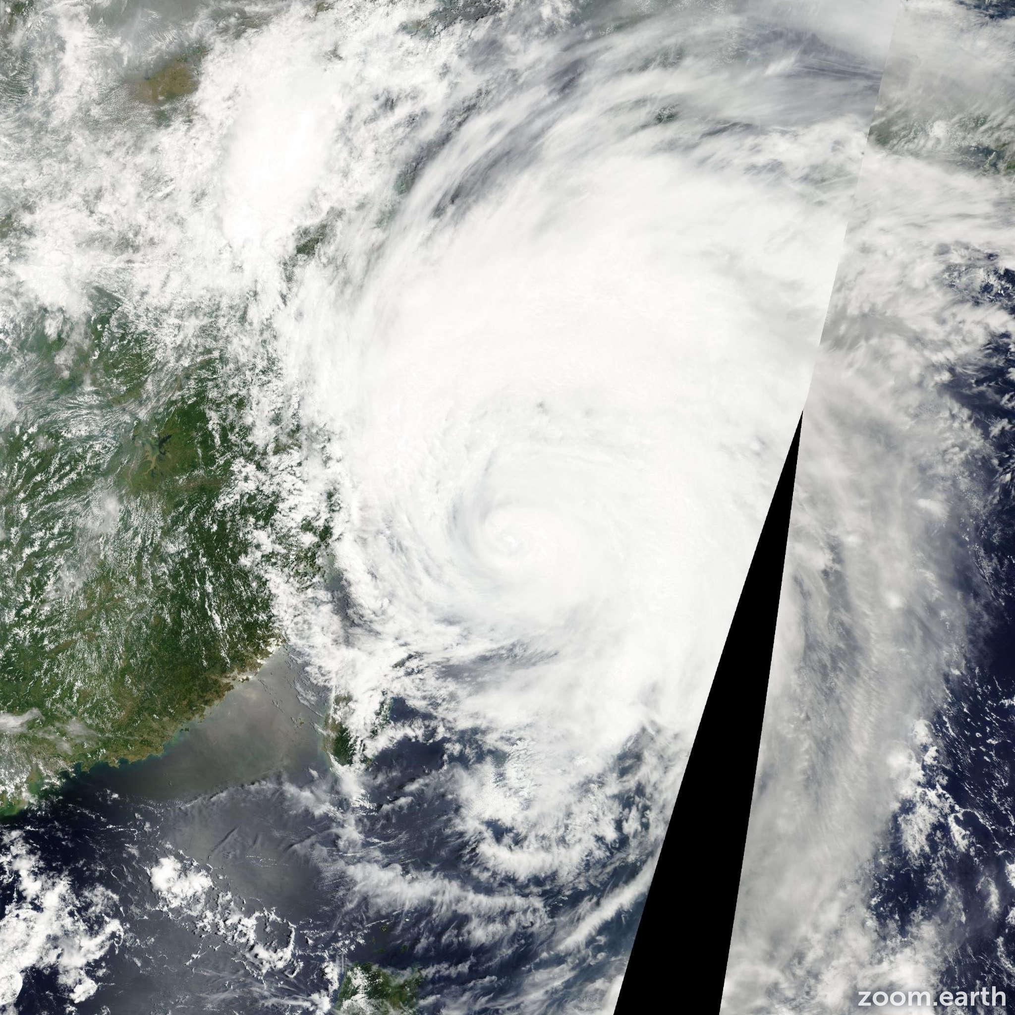 Satellite image of Typhoon Rammasun 2002