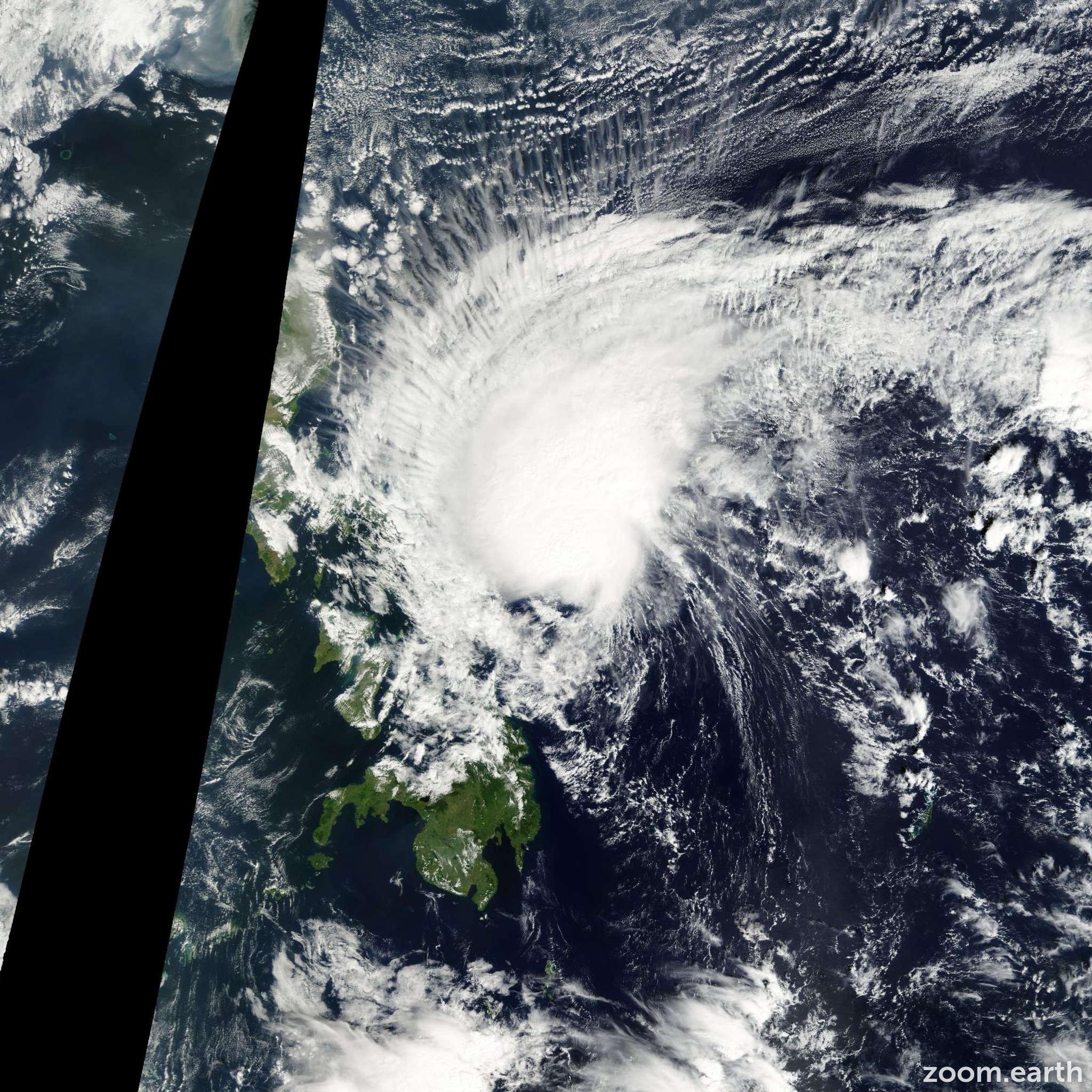 Satellite image of Storm Tapah 2002