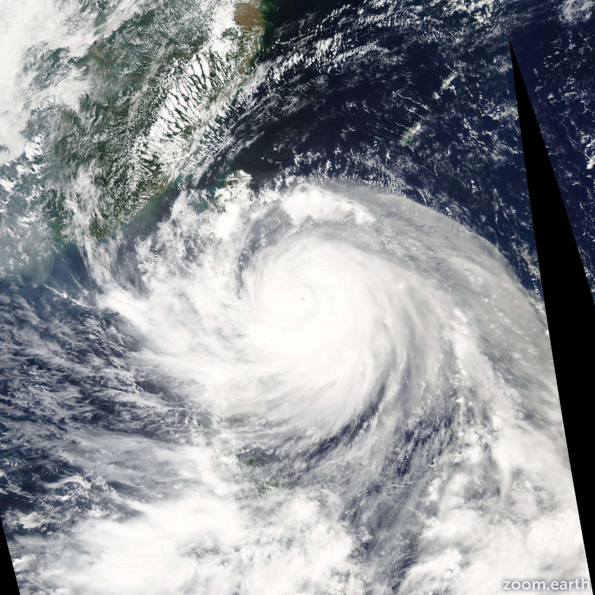 Satellite image of Typhoon Dujuan 2003