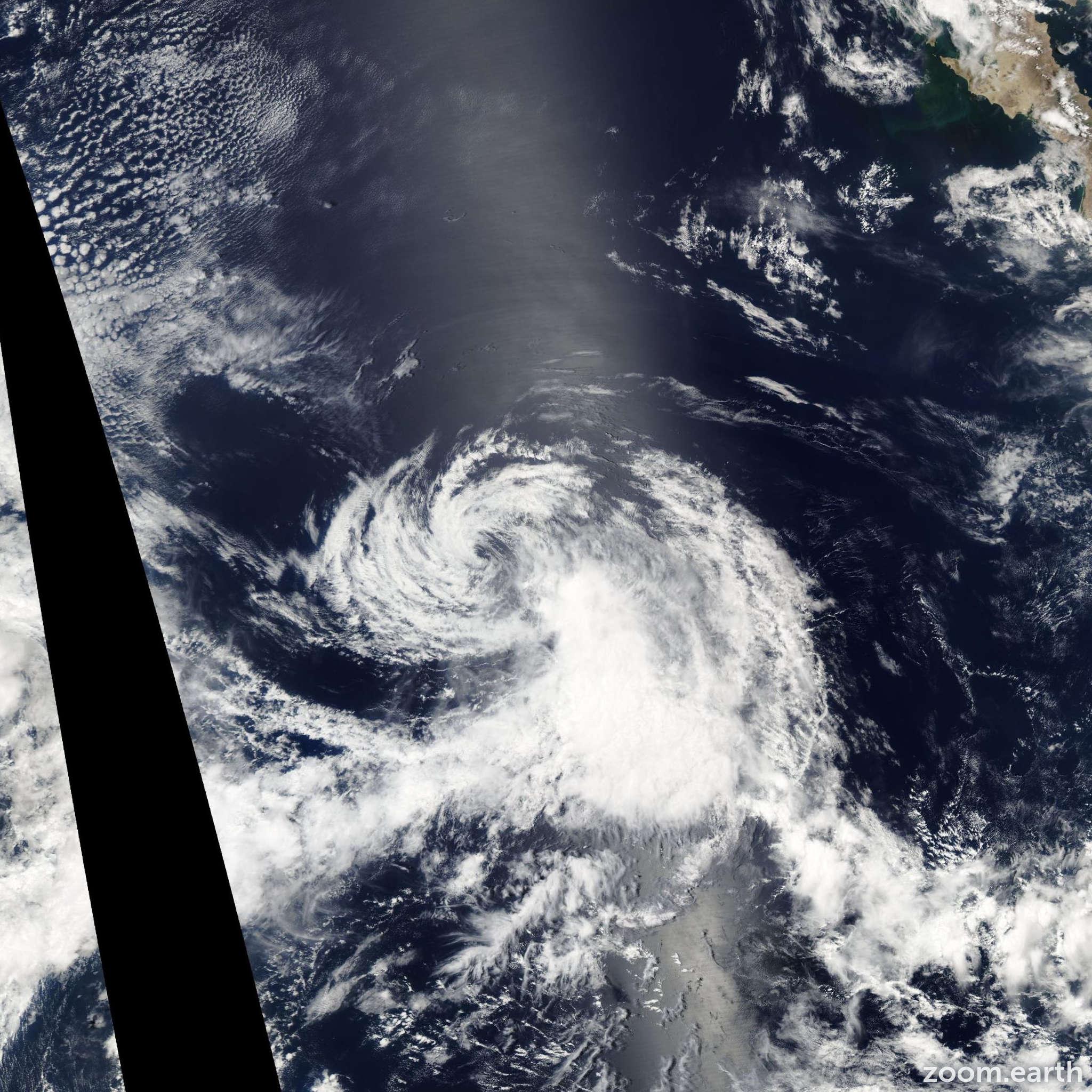 Satellite image of Storm Hilda 2003