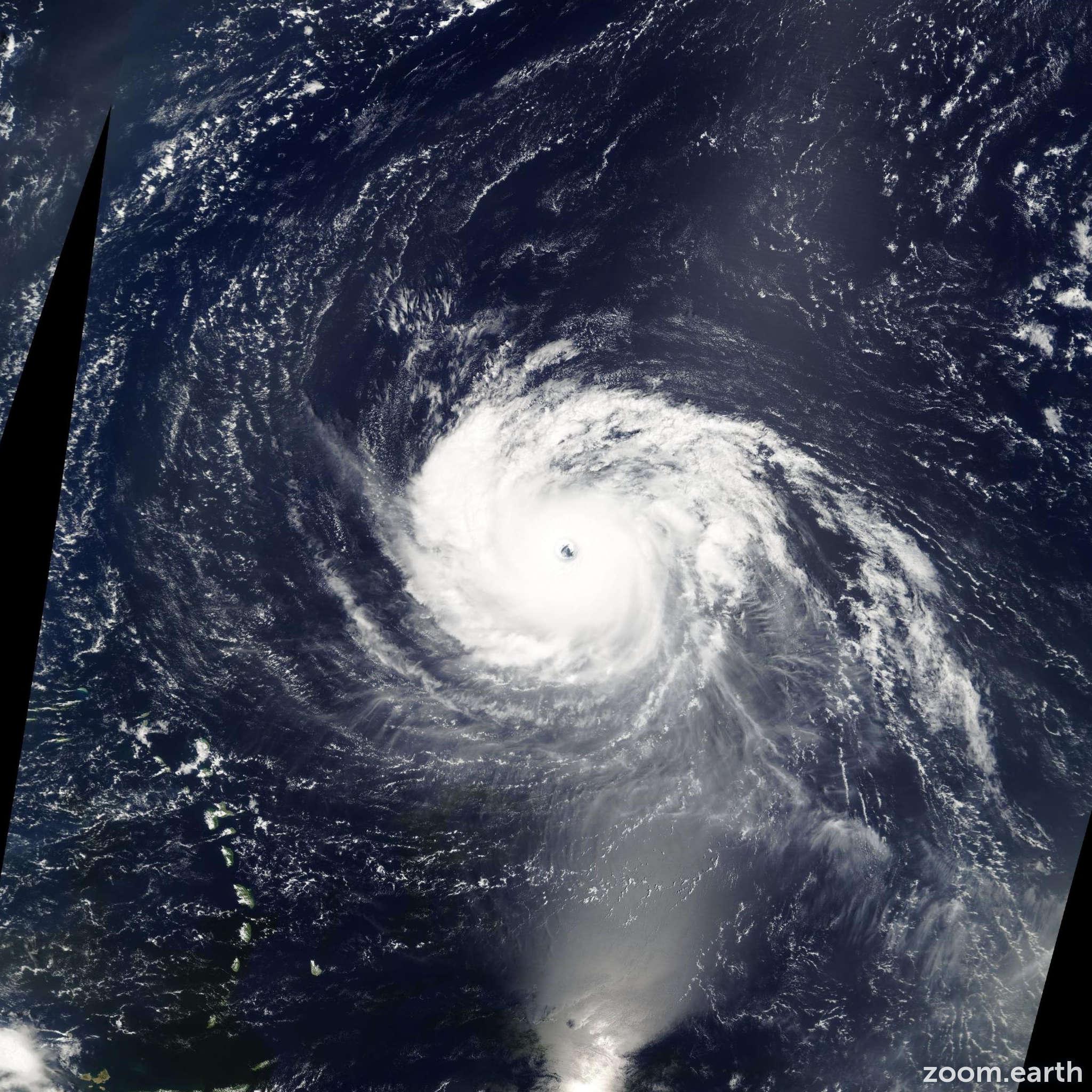 Satellite image of Hurricane Isabel 2003
