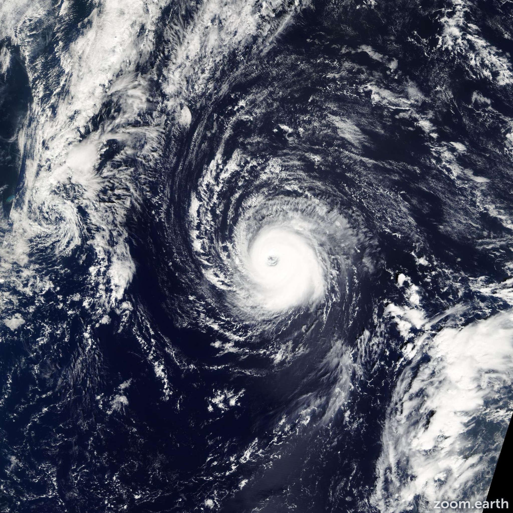 Satellite image of Hurricane Kate 2003