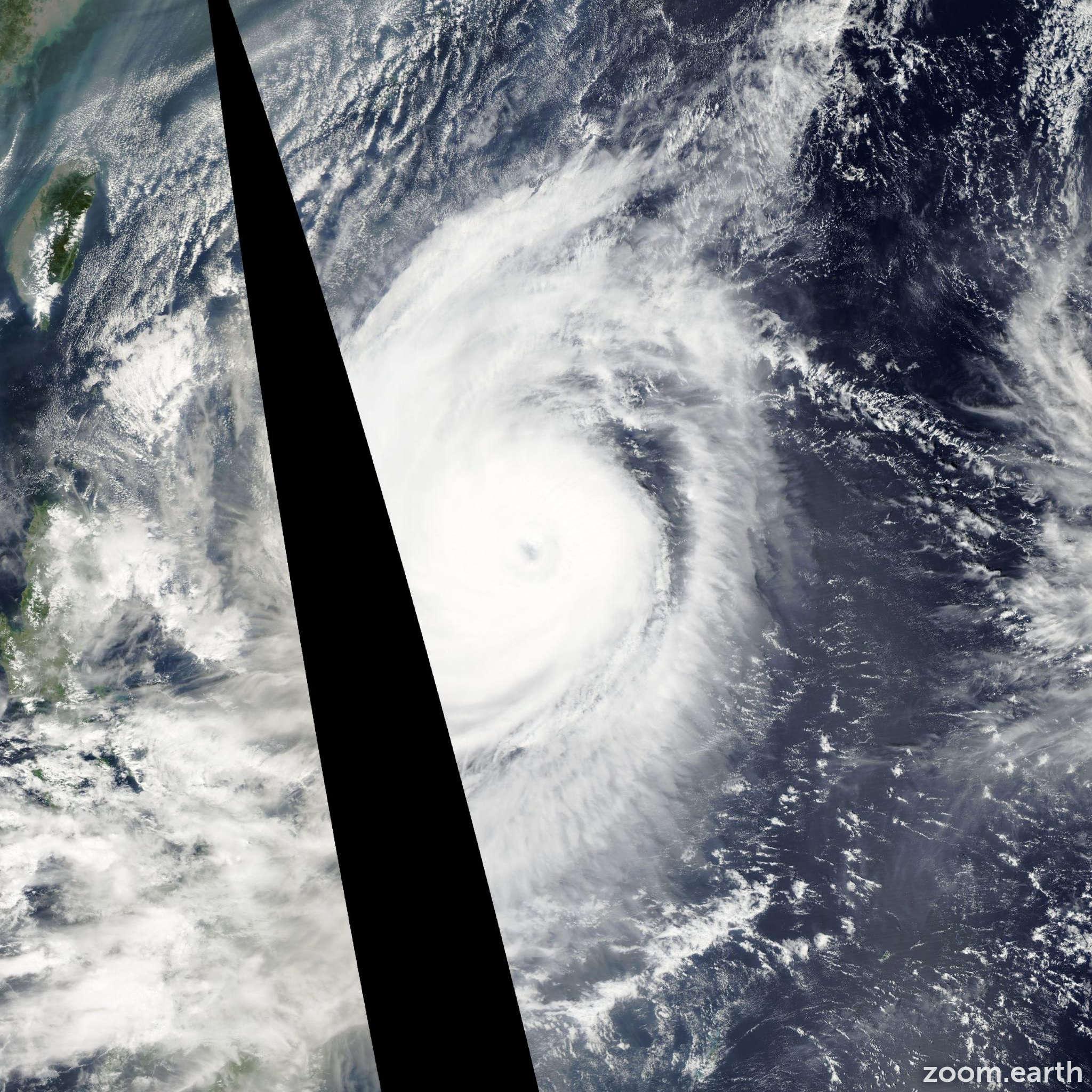Satellite image of Typhoon Ketsana 2003