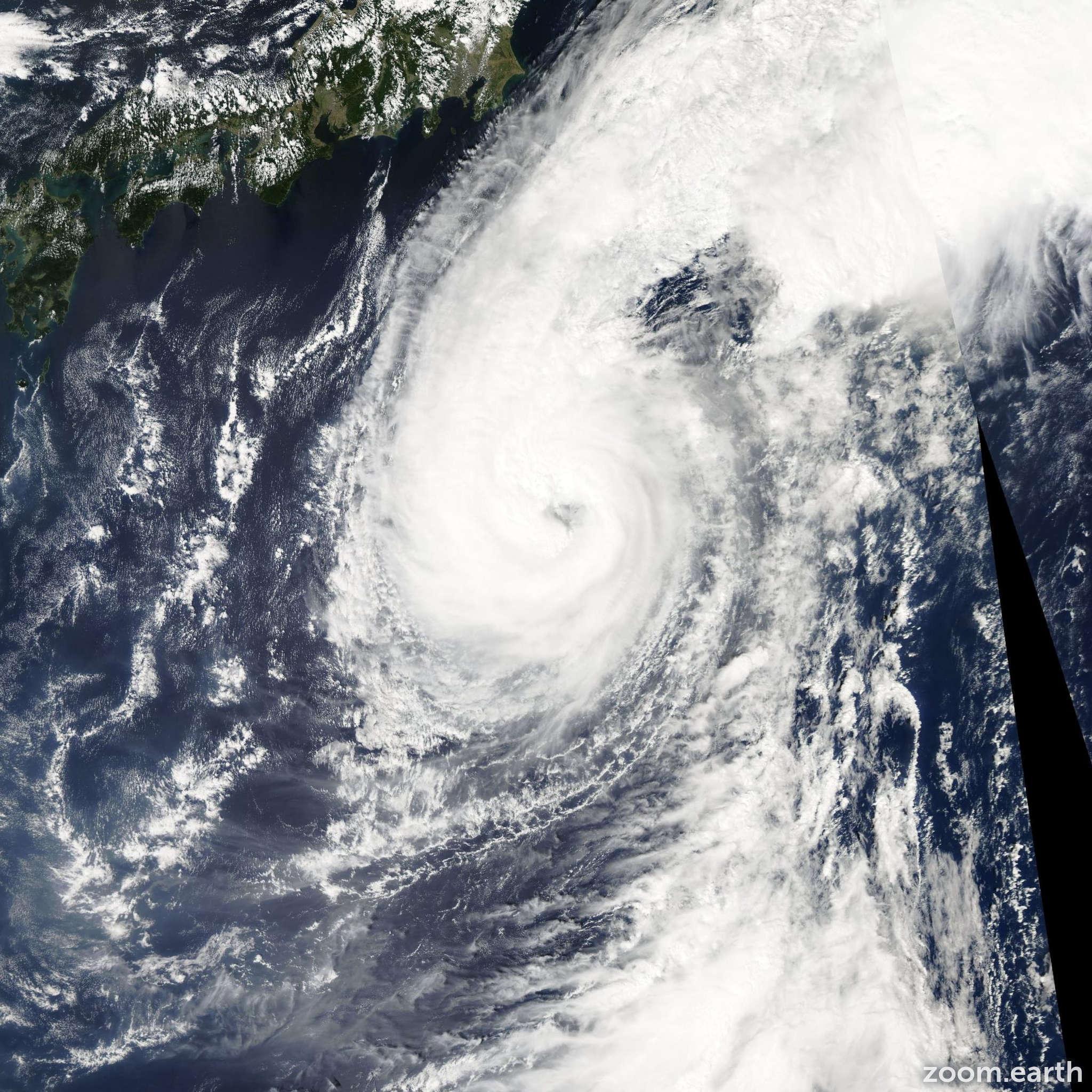 Satellite image of Typhoon Koppu 2003
