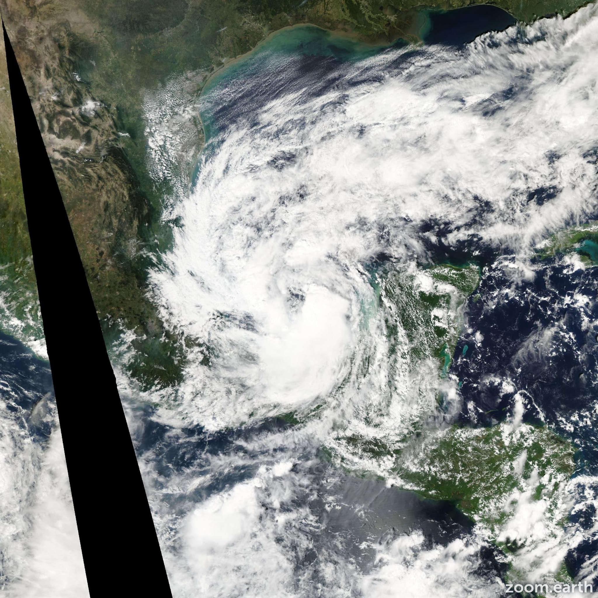 Satellite image of Storm Larry 2003