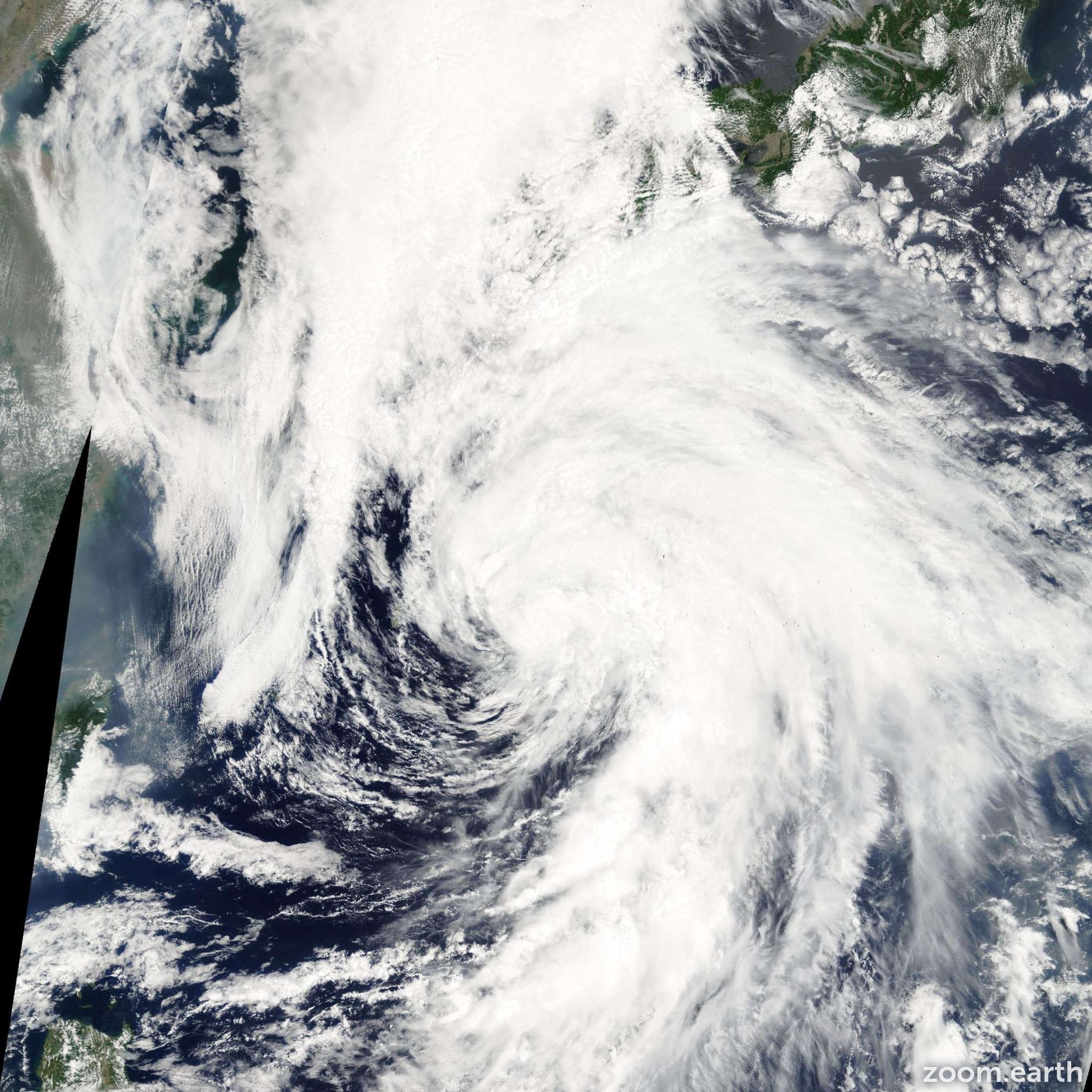 Satellite image of Storm Linfa 2003
