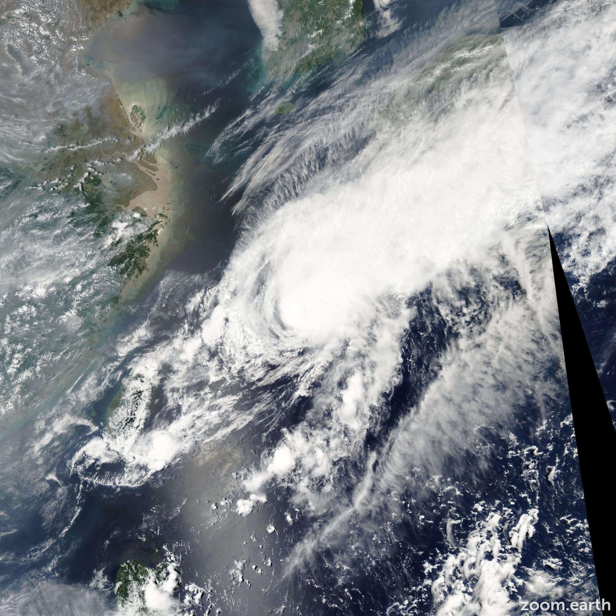 Satellite image of Typhoon Conson 2004