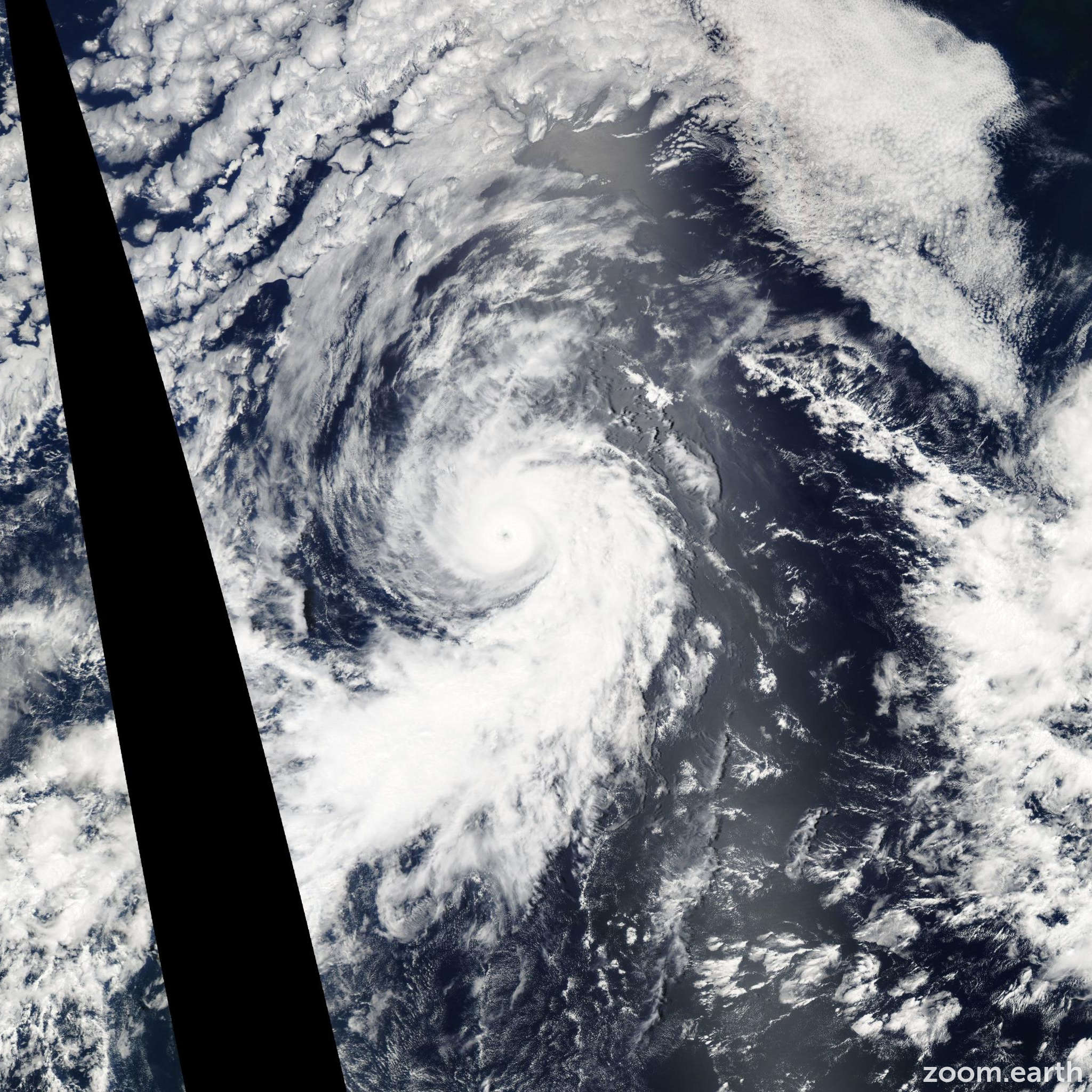 Satellite image of Hurricane Darby 2004