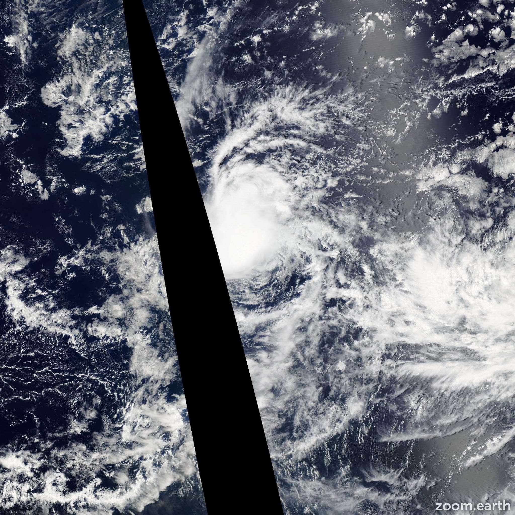 Satellite image of Storm Estelle 2004