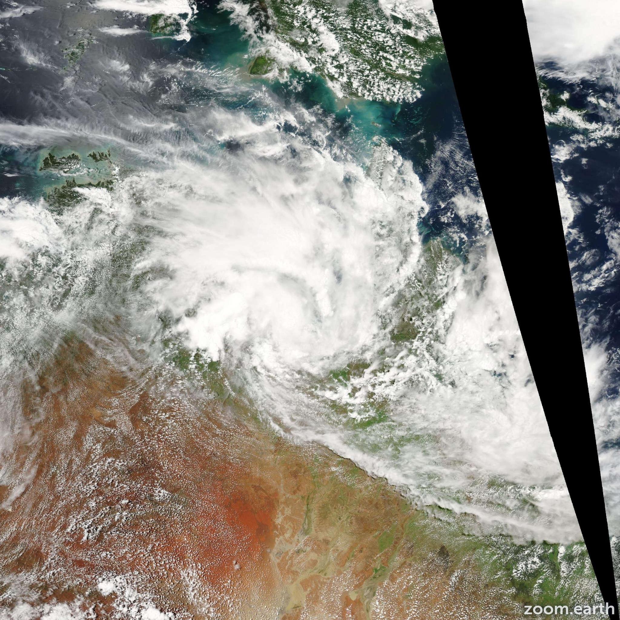 Satellite image of Cyclone Fritz 2004