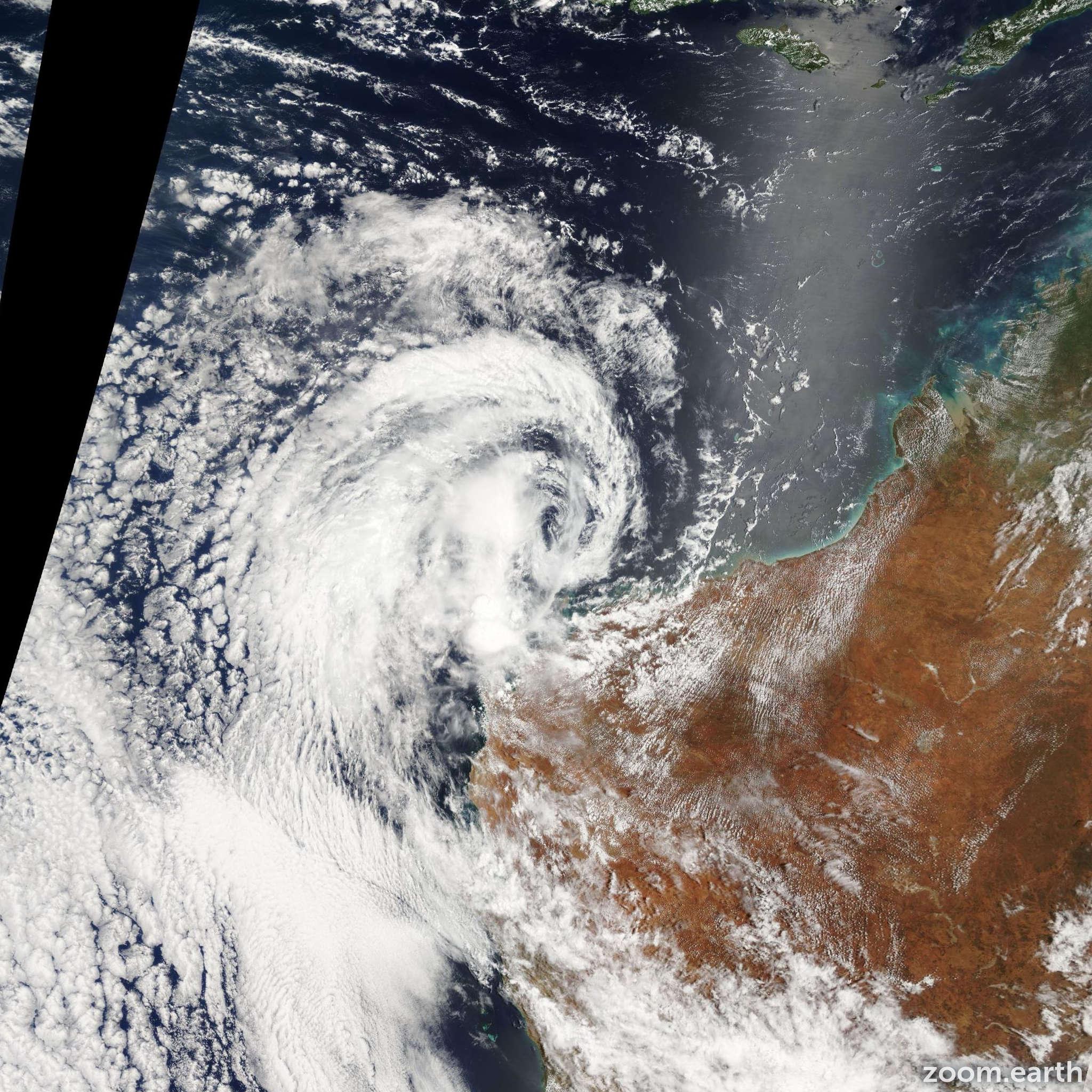 Satellite image of Cyclone Ken 2004