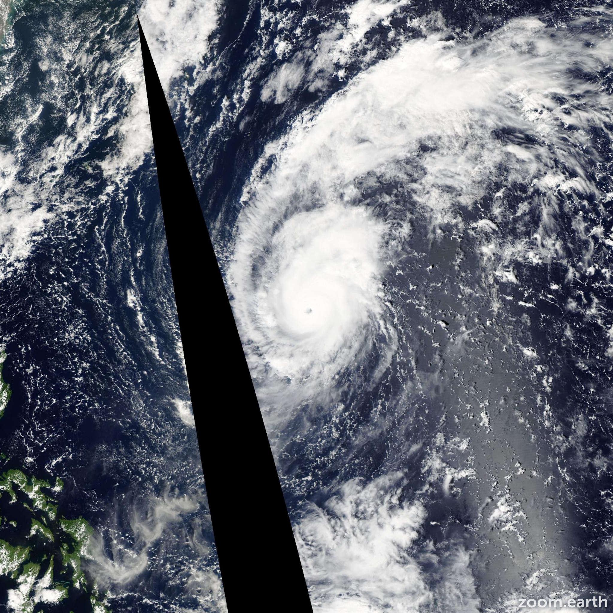 Satellite image of Typhoon Meari 2004