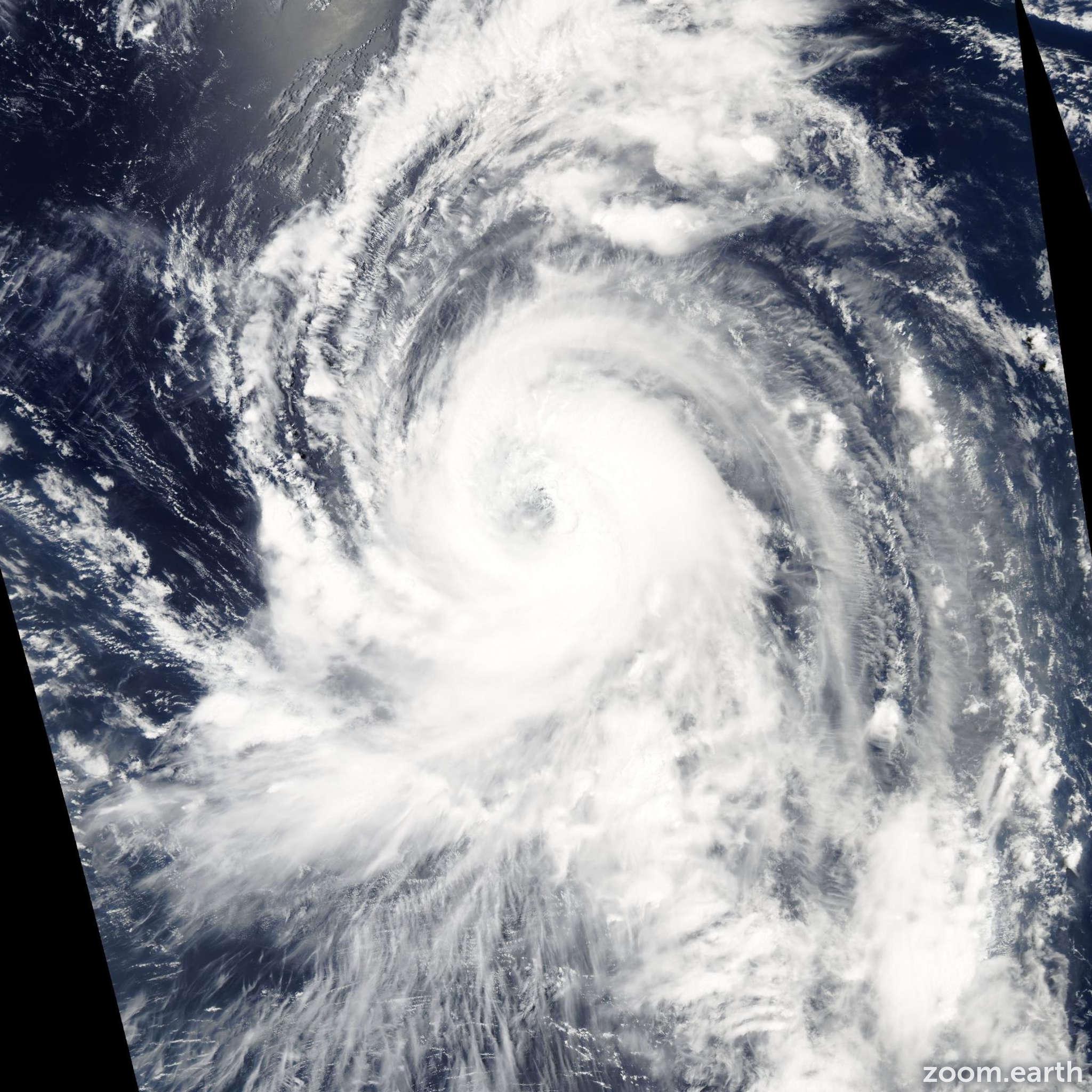 Satellite image of Typhoon Tingting 2004