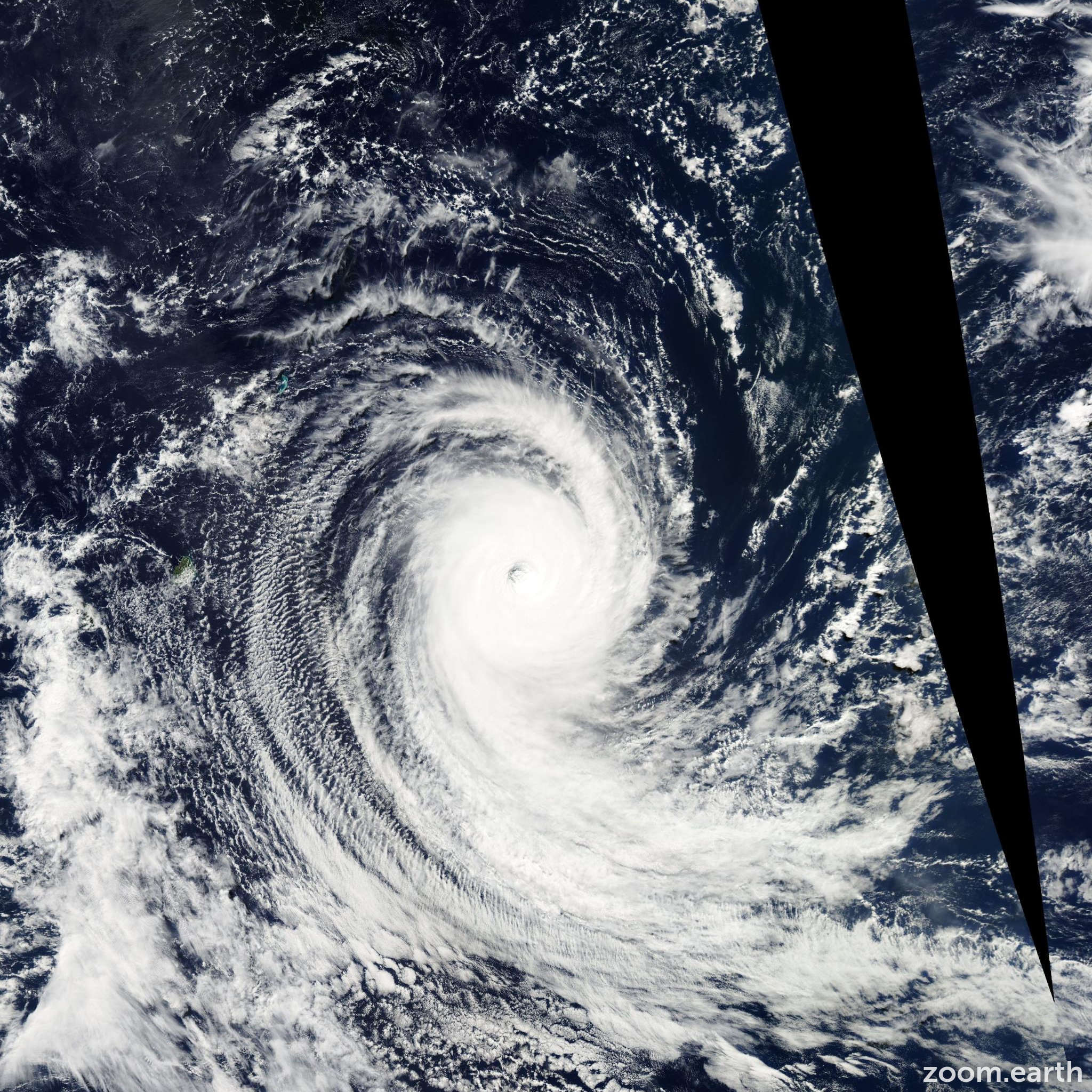 Satellite image of Cyclone Adeline-Juliet 2005