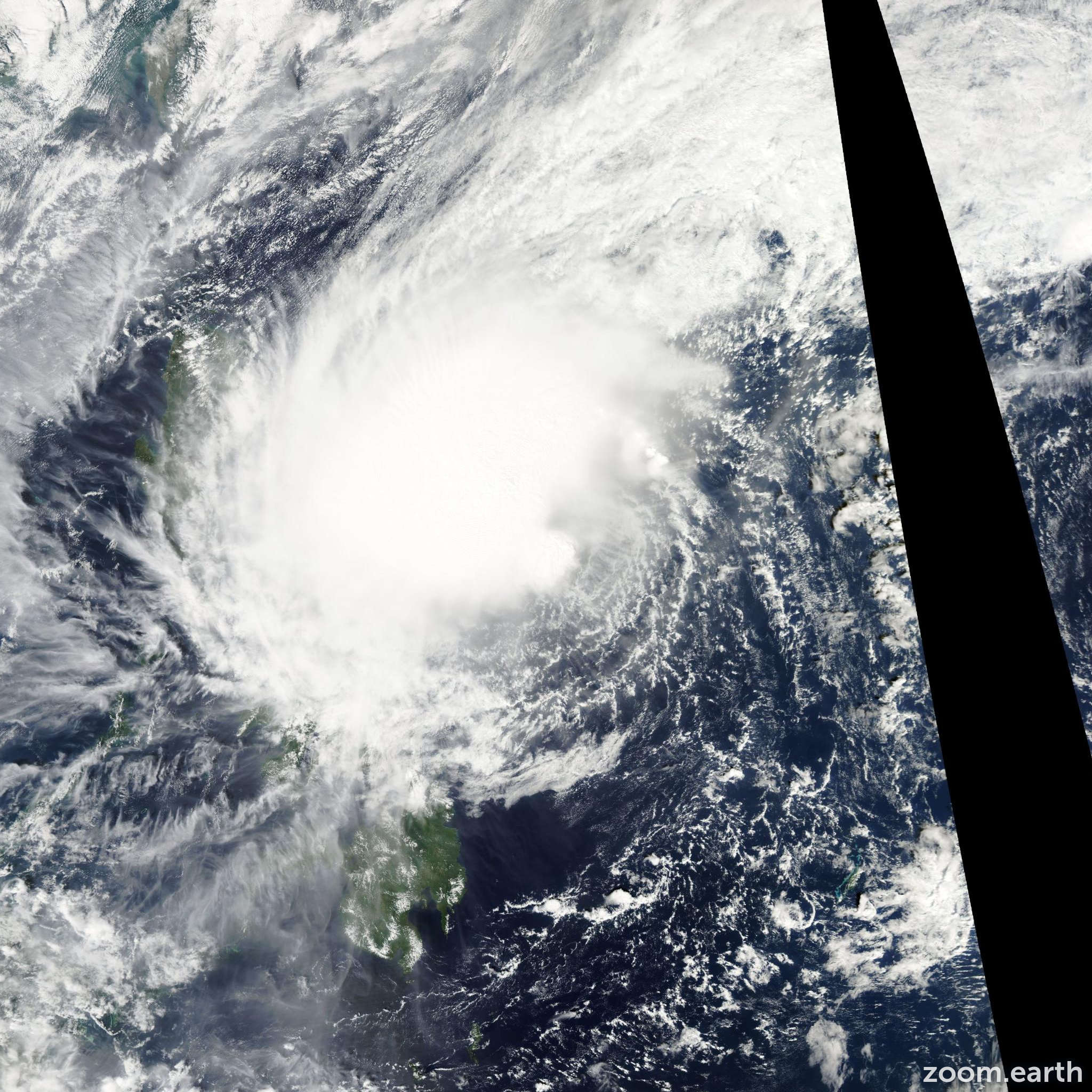 Satellite image of Storm Bolaven 2005
