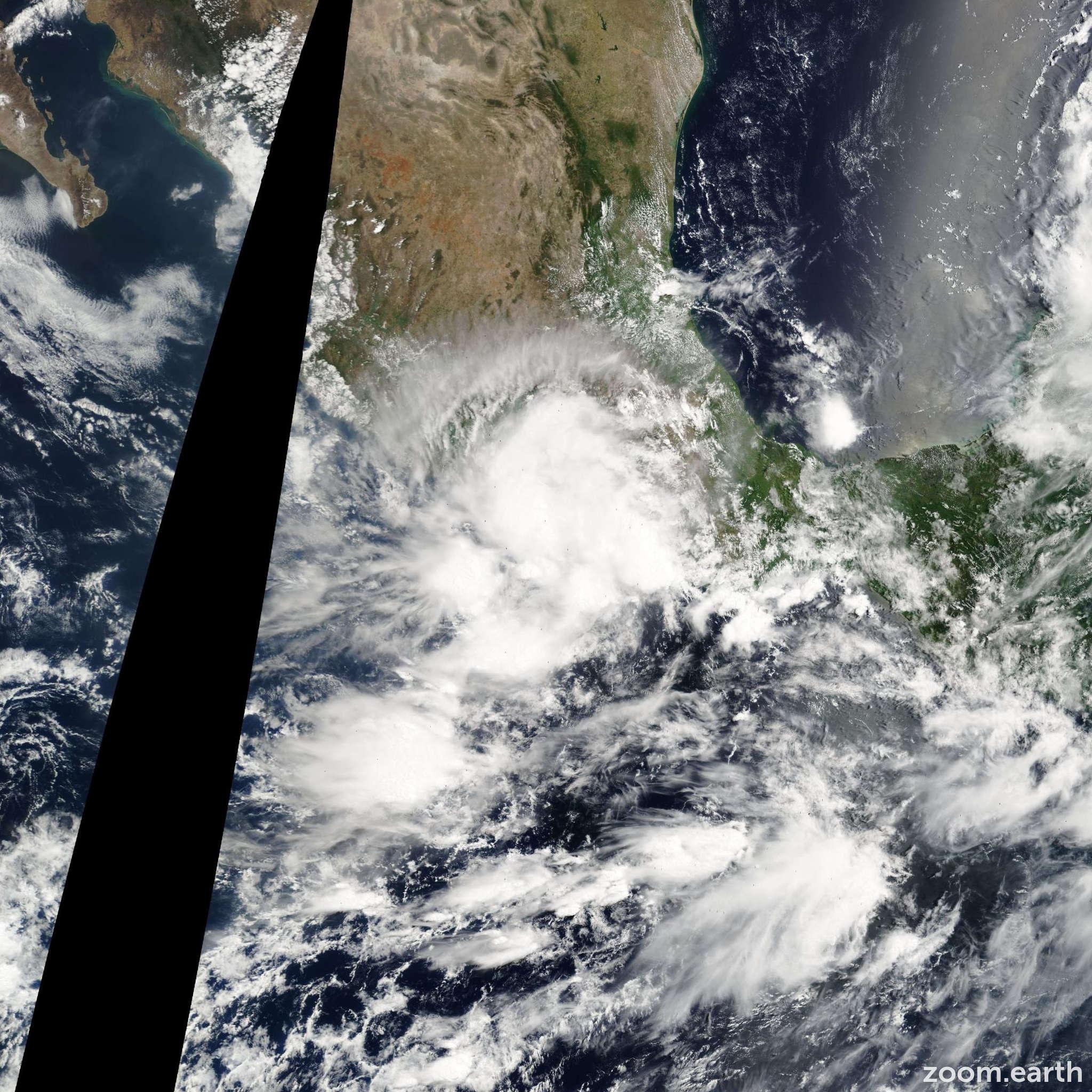 Satellite image of Storm Dora 2005