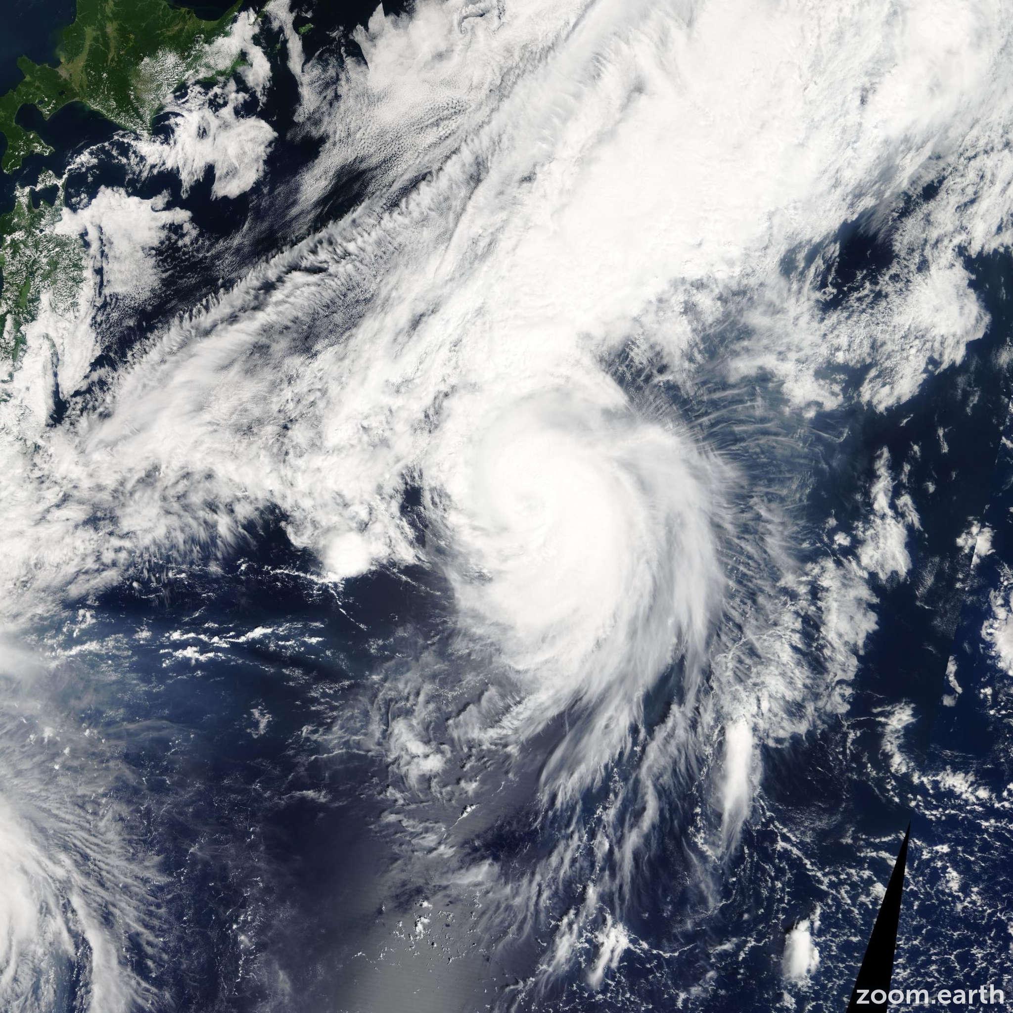 Satellite image of Storm Guchol 2005