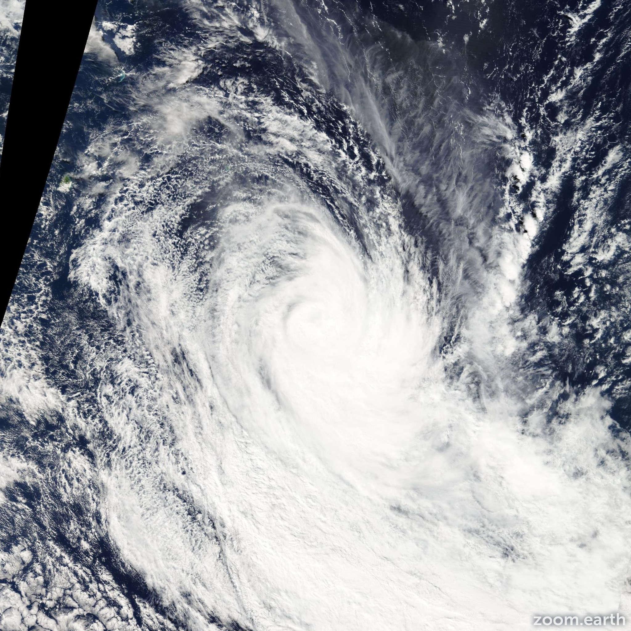 Satellite image of Storm Isang 2005