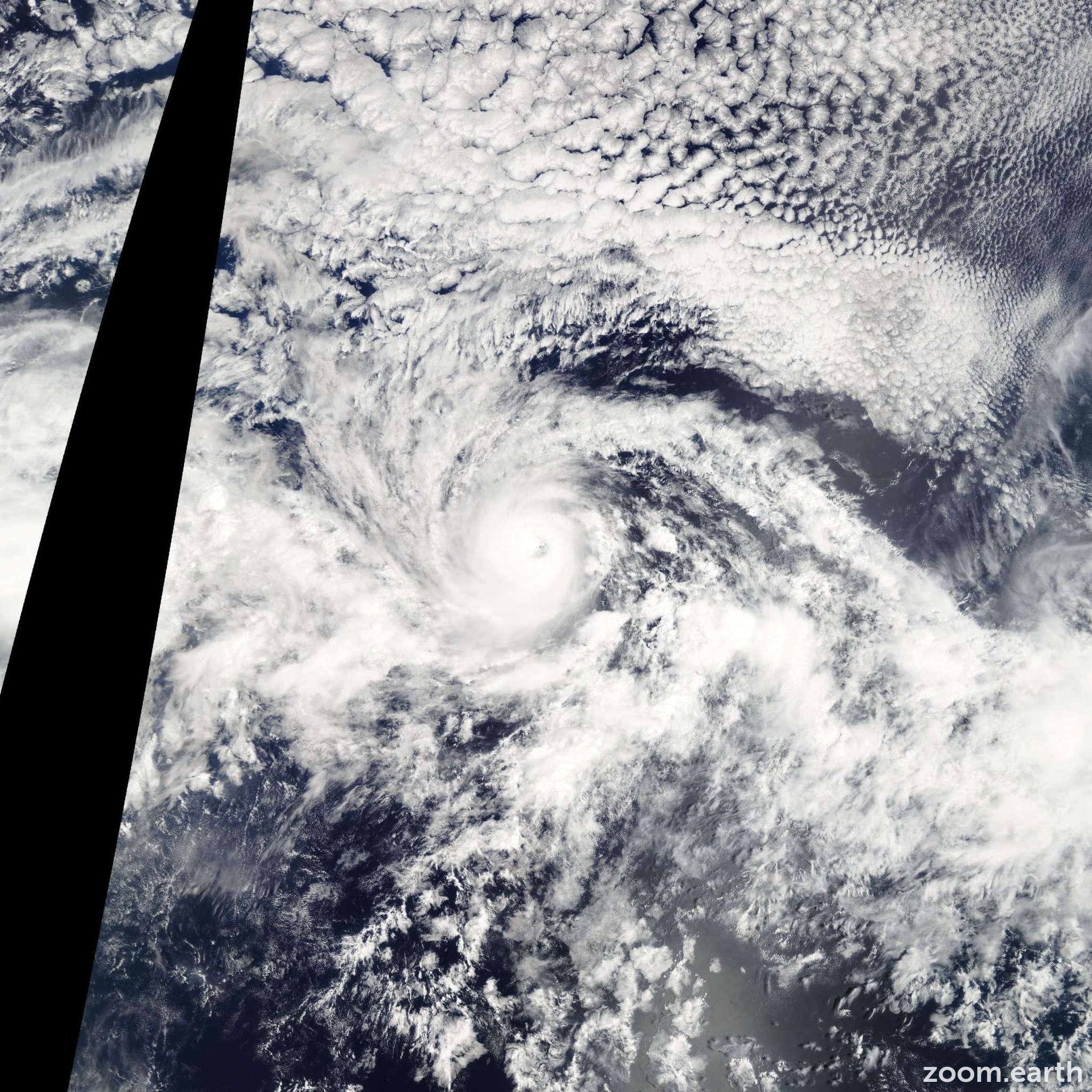 Satellite image of Hurricane Kenneth 2005