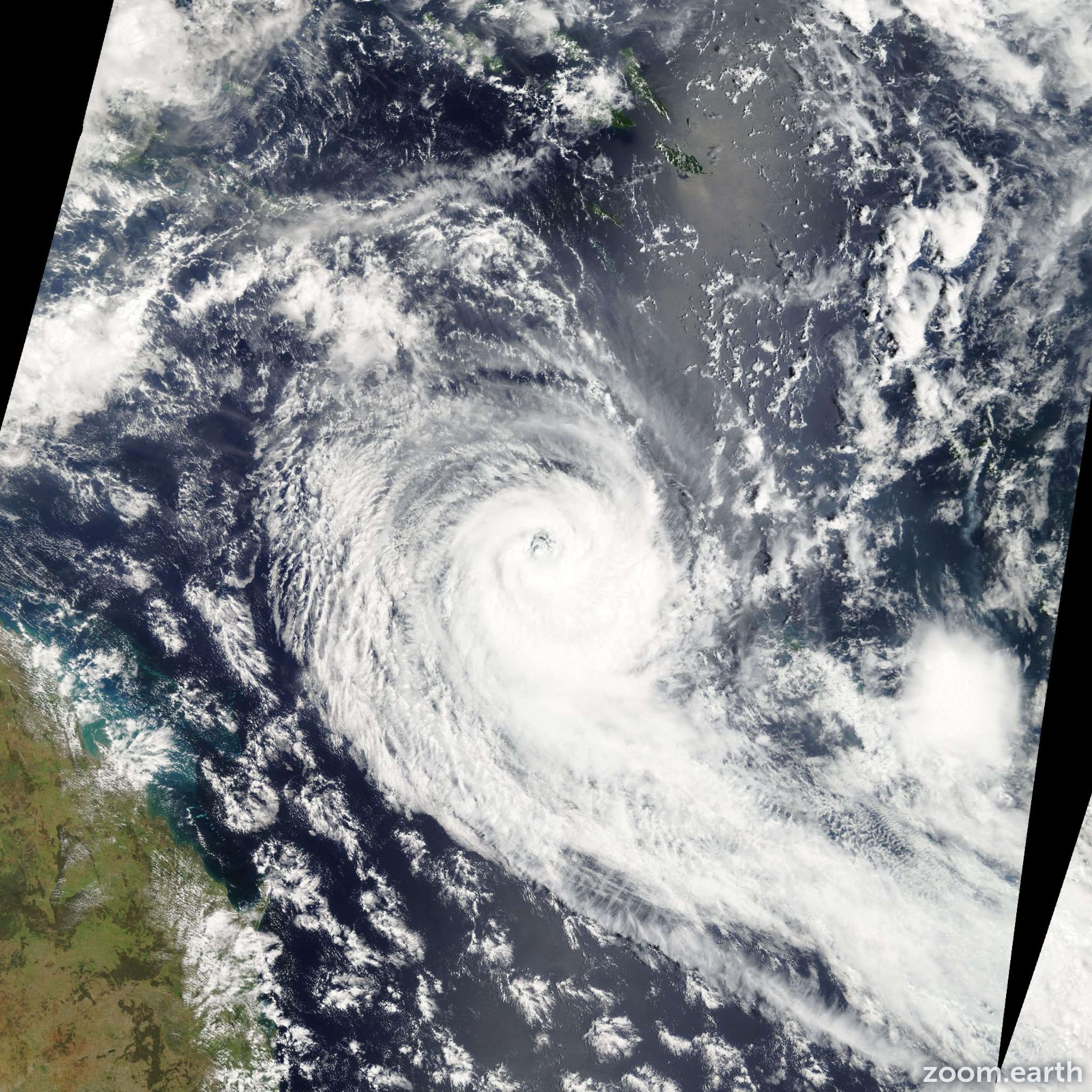 Satellite image of Cyclone Kerry 2005
